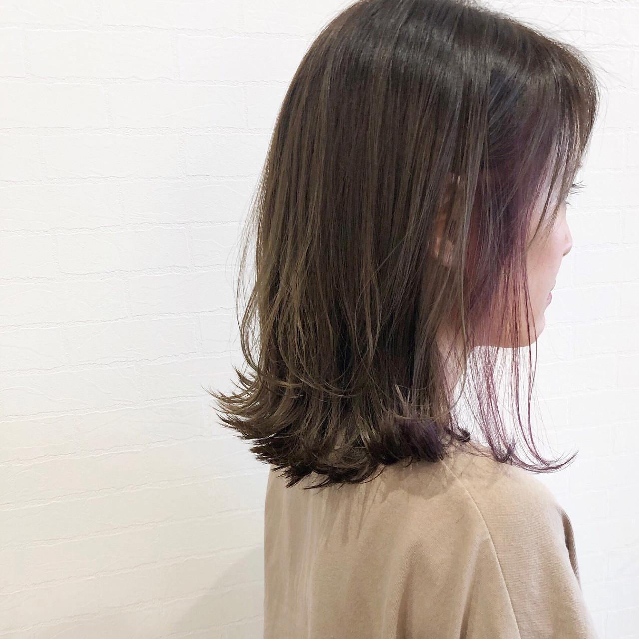 ナチュラル ロブ インナーカラー ミディアム ヘアスタイルや髪型の写真・画像
