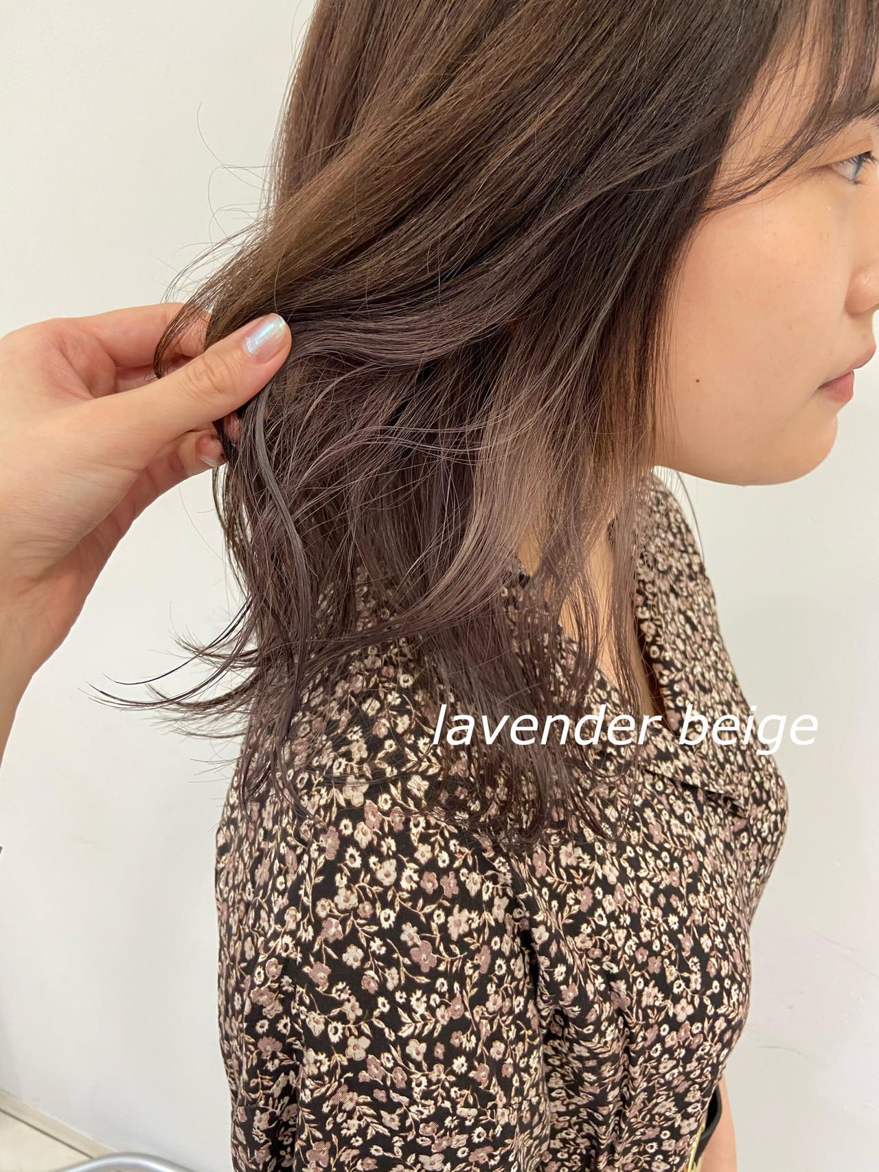 ミディアム ラベンダー イヤリングカラー インナーラベンダー ヘアスタイルや髪型の写真・画像