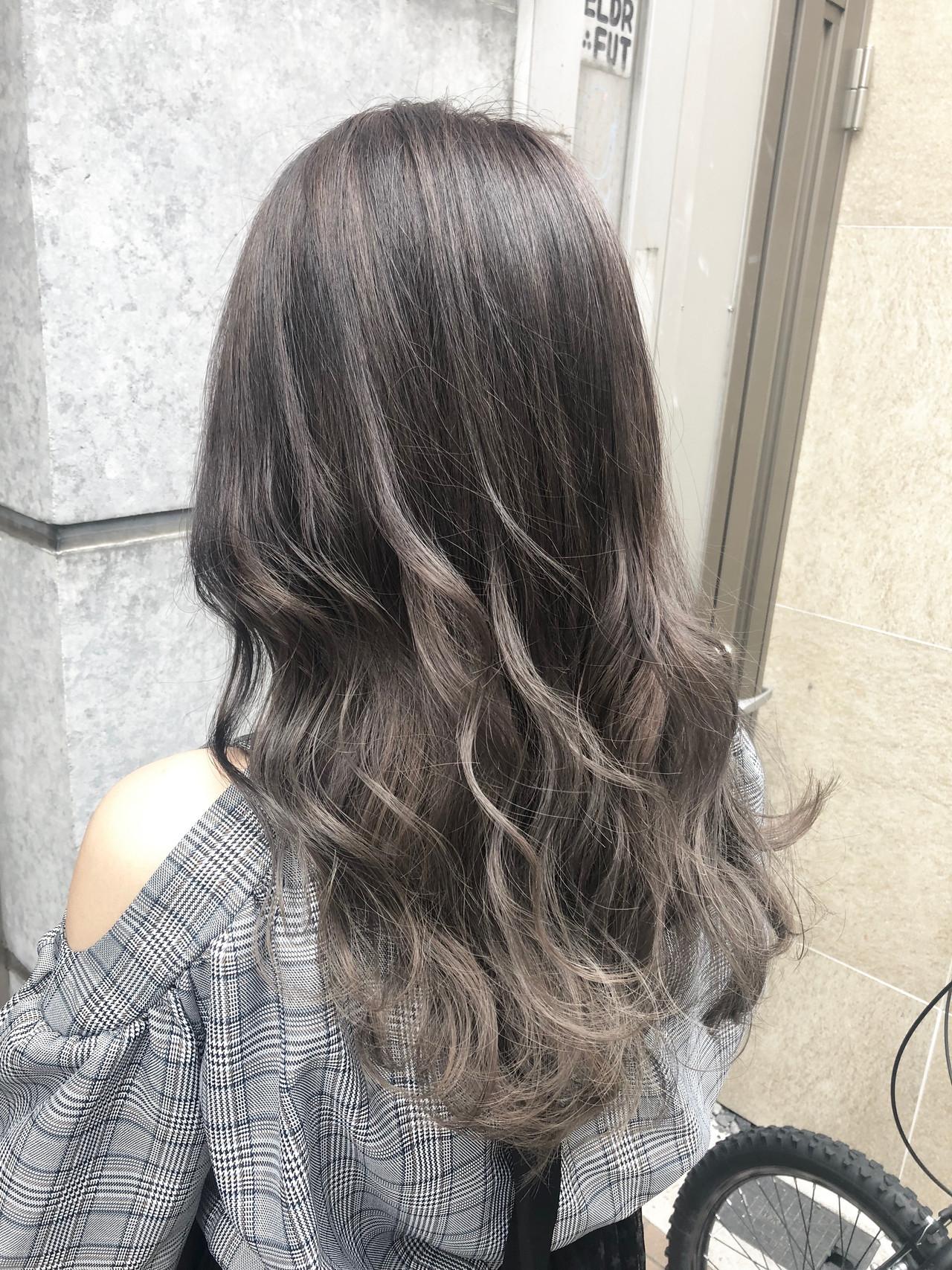 ブリーチカラー 外国人風カラー ミディアム ハイトーンカラー ヘアスタイルや髪型の写真・画像