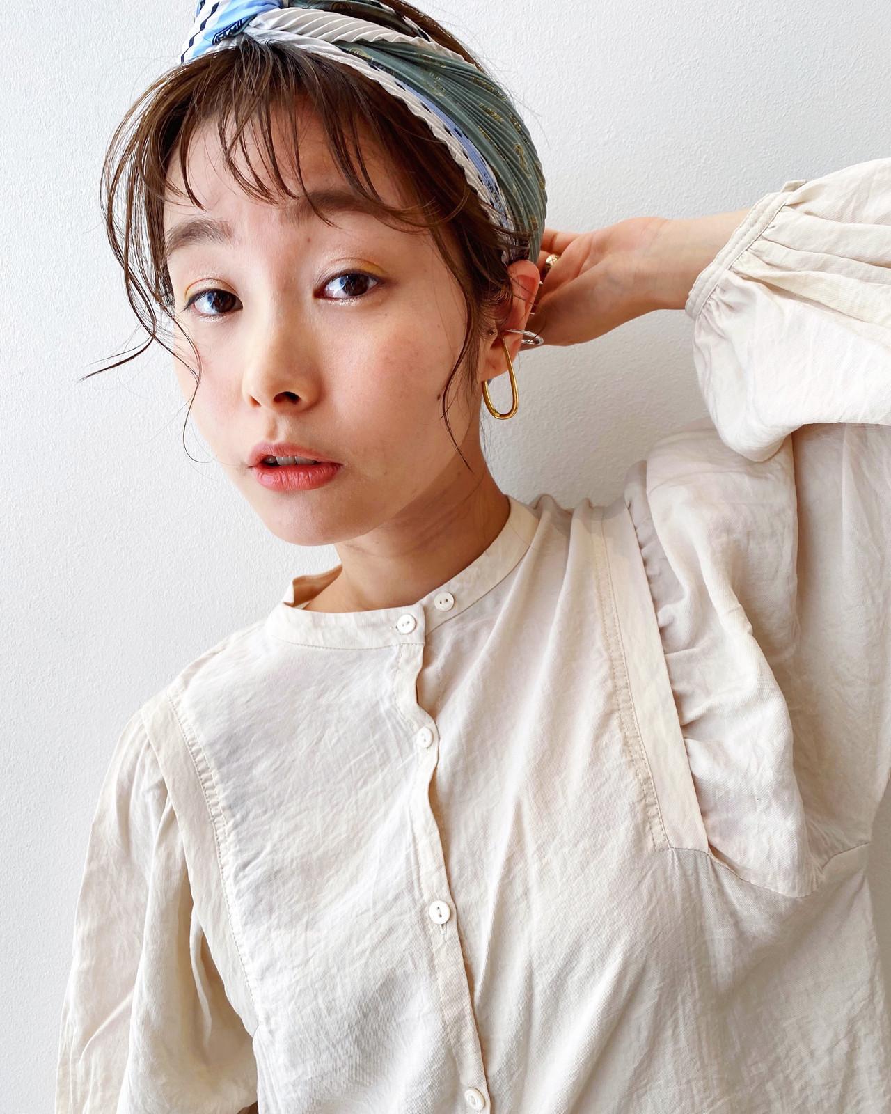 小顔 スカーフアレンジ ミディアム 小顔ヘア ヘアスタイルや髪型の写真・画像