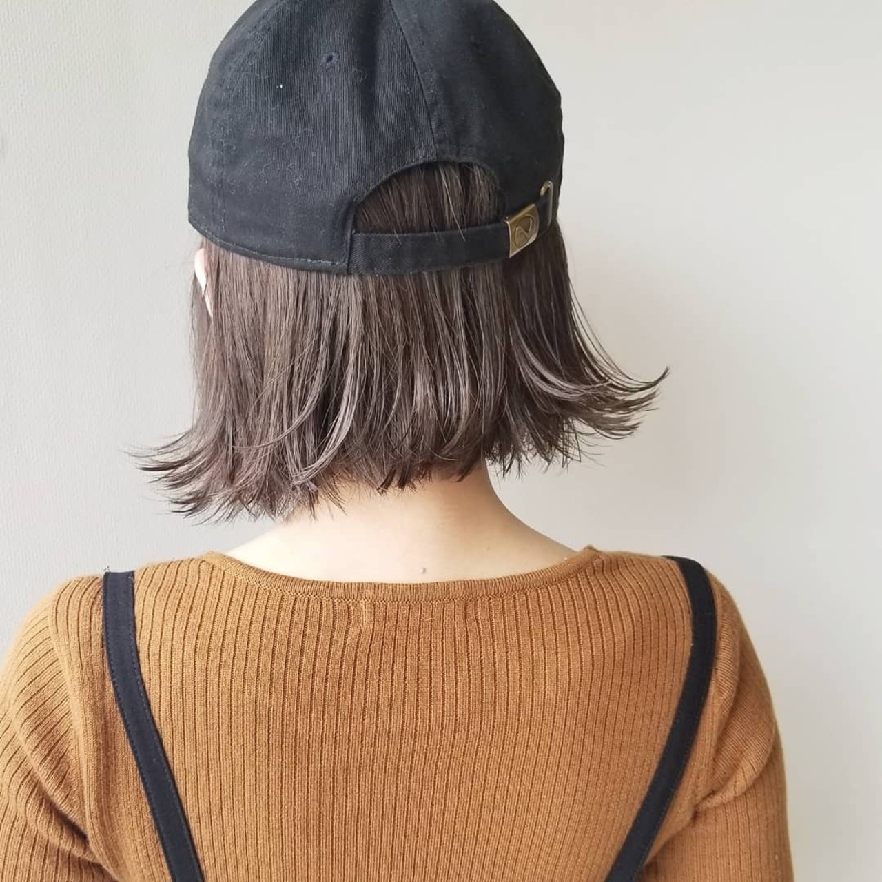 ナチュラル ミルクティーベージュ キャップ イルミナカラー ヘアスタイルや髪型の写真・画像