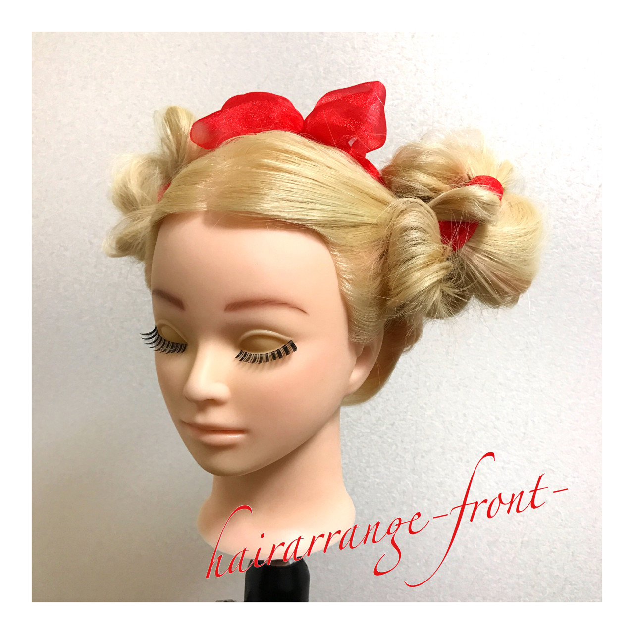 ヘアアレンジ お団子 ゆるふわ 三つ編み ヘアスタイルや髪型の写真・画像