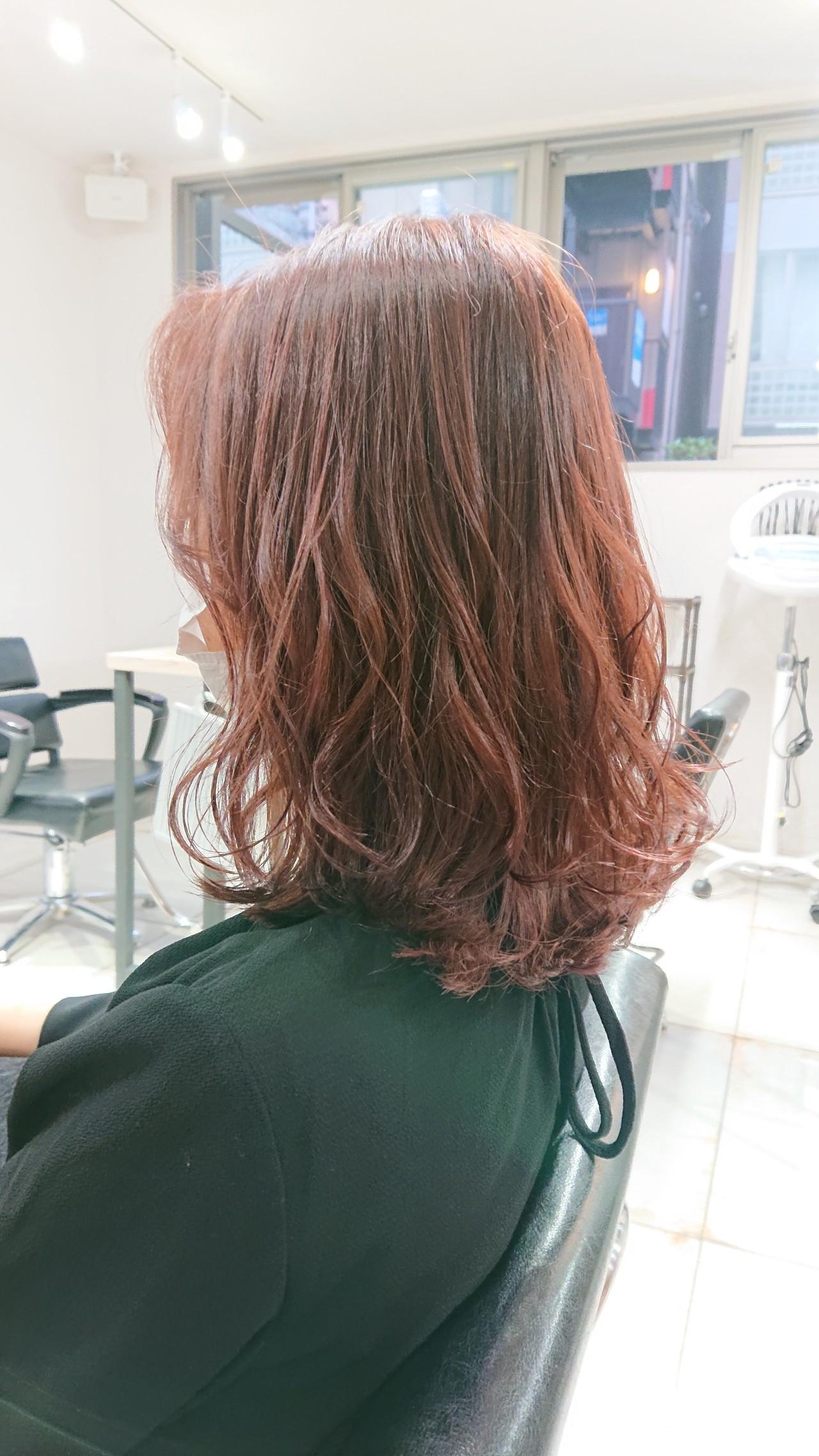 透明感 ピンク ミディアム ブリーチなし ヘアスタイルや髪型の写真・画像