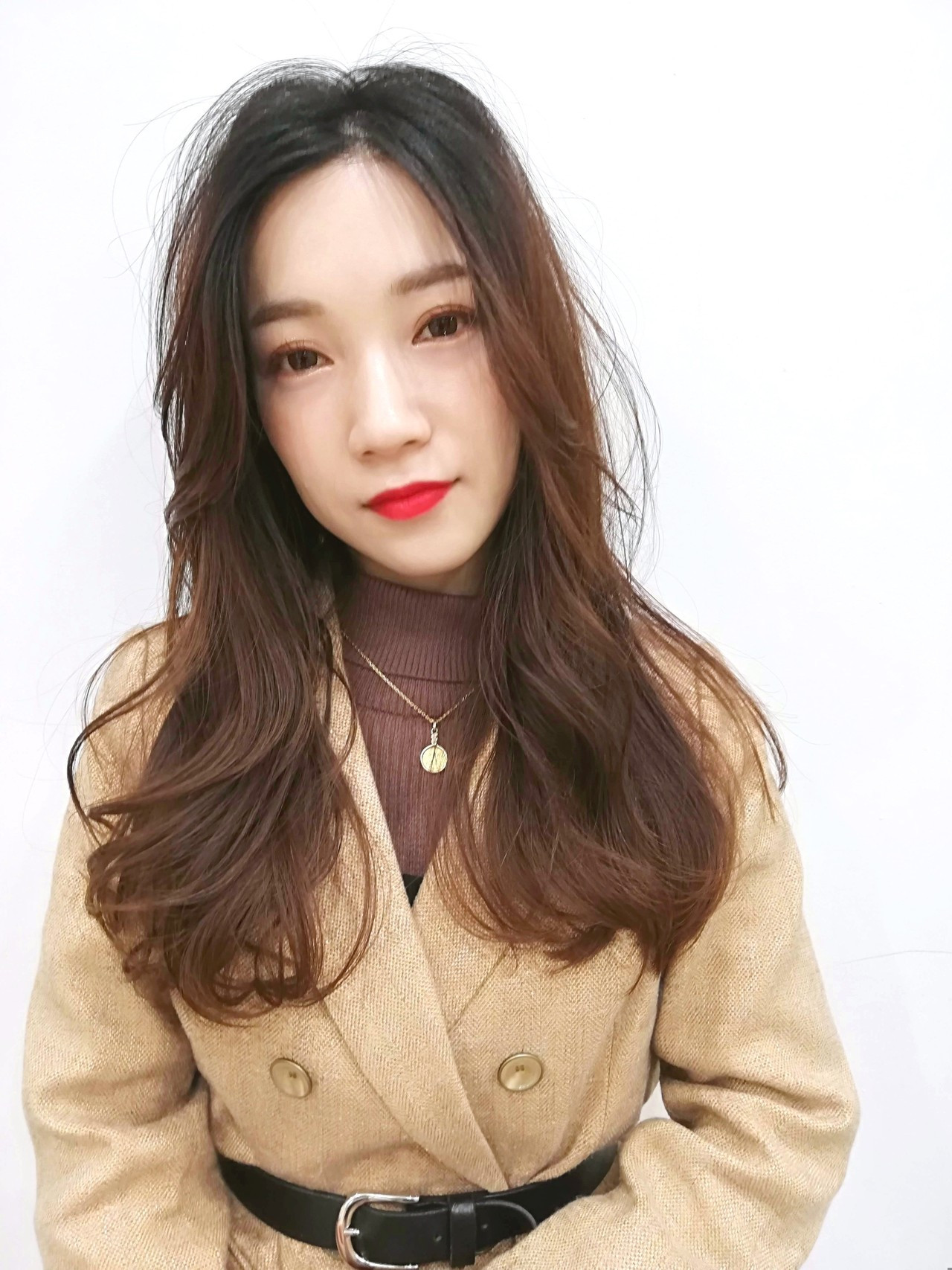 ロング 大人ヘアスタイル 韓国風ヘアー デジタルパーマ ヘアスタイルや髪型の写真・画像