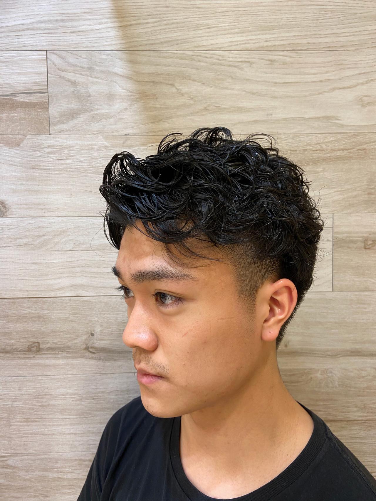 ウルフカット ベリーショート 無造作パーマ メンズパーマ ヘアスタイルや髪型の写真・画像