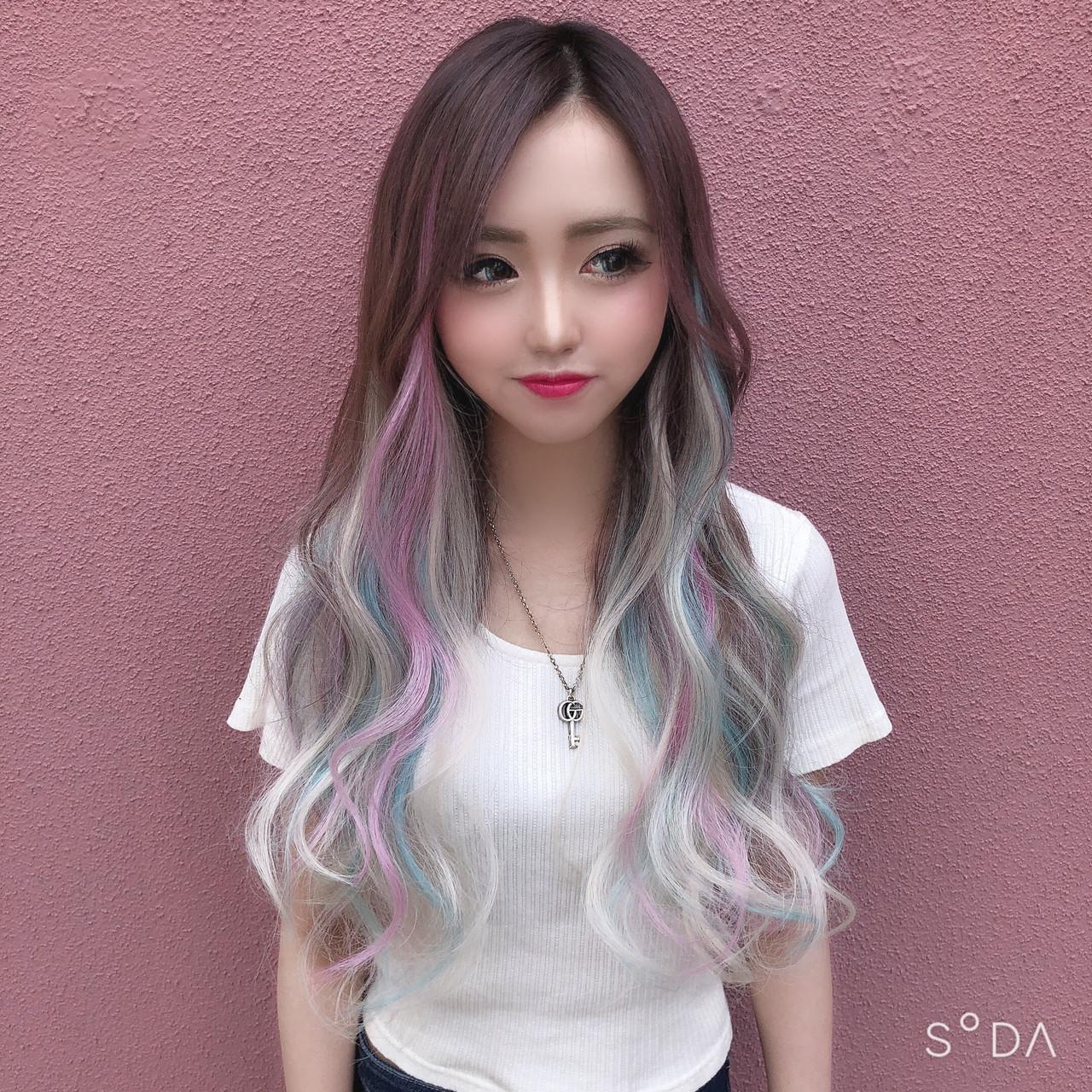 インナーカラー エクステ ストリート ユニコーンカラー ヘアスタイルや髪型の写真・画像