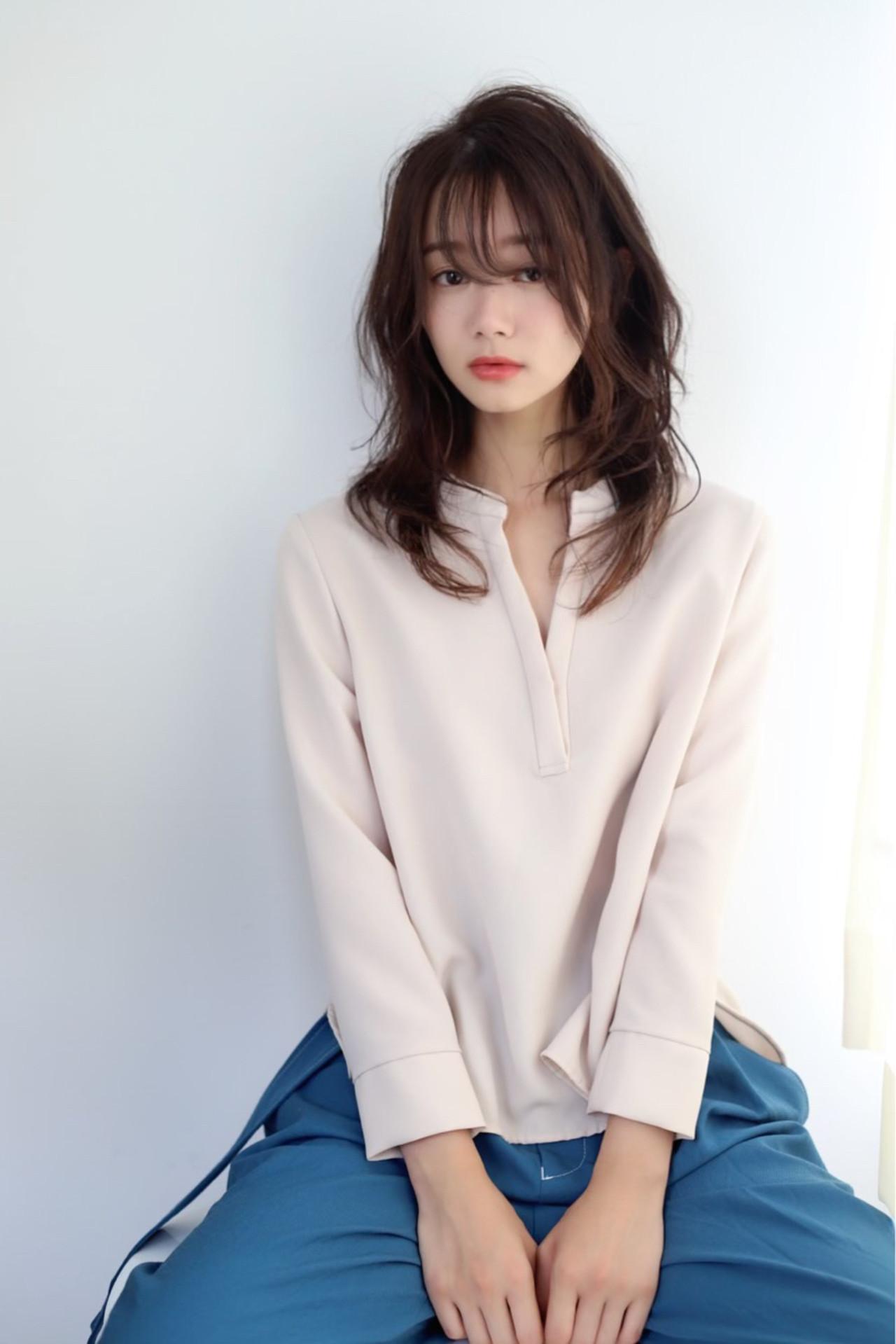 ウルフレイヤー 韓国風ヘアー フェミニン ウルフカット ヘアスタイルや髪型の写真・画像