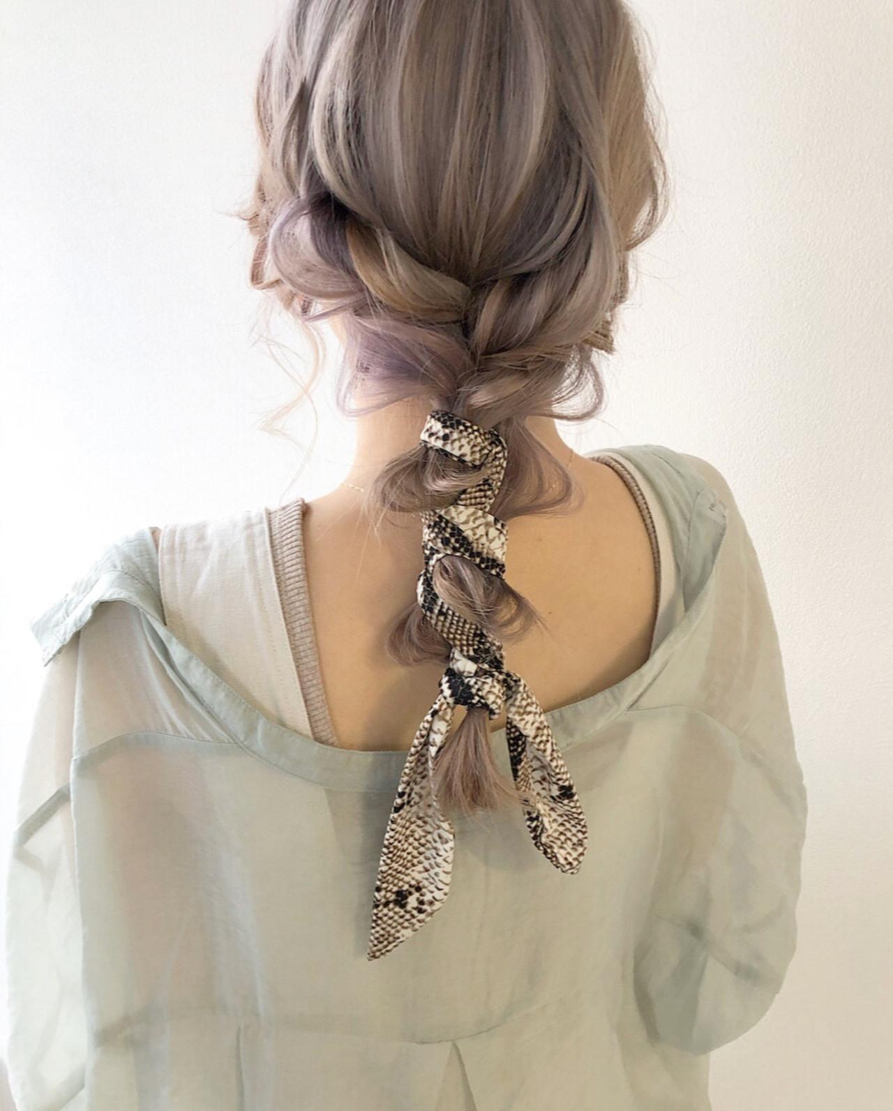 大人可愛い ナチュラル 編みおろし スカーフアレンジ ヘアスタイルや髪型の写真・画像