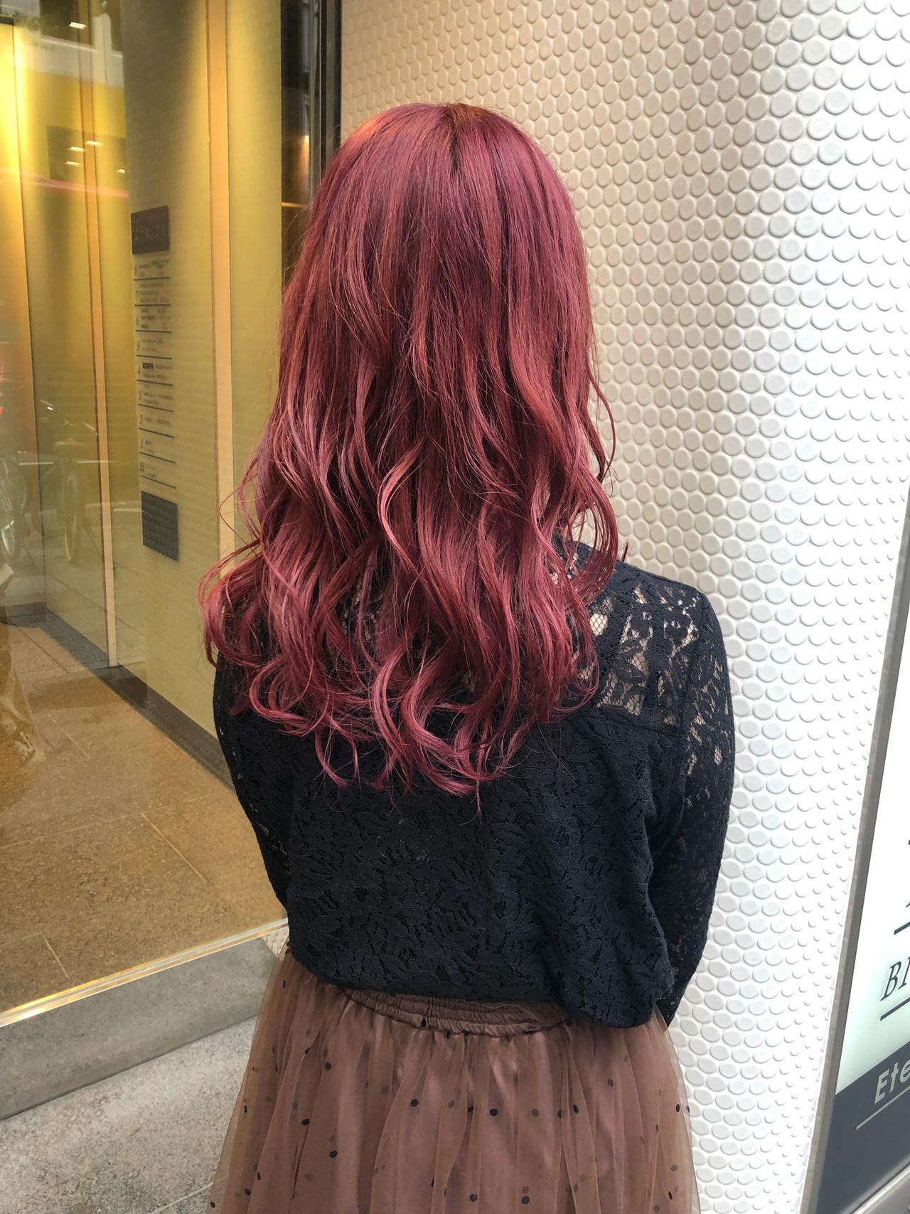 ストリート ピンクバイオレット セミロング ピンクパープル ヘアスタイルや髪型の写真・画像