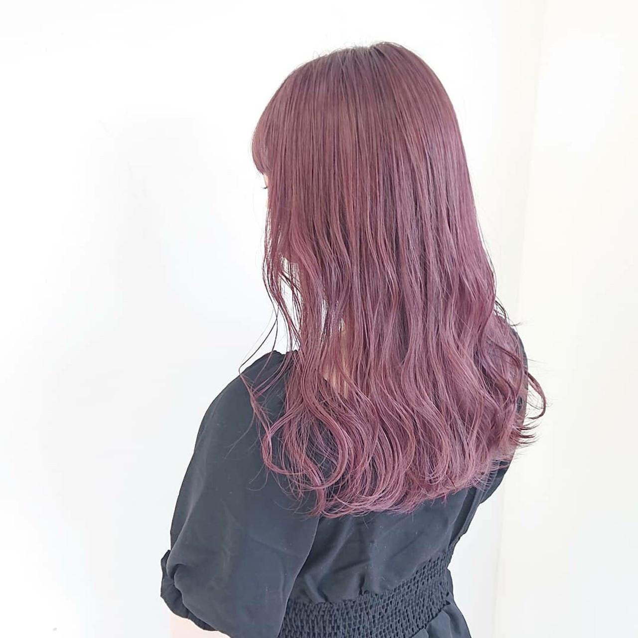 ガーリー ピンクカラー ピンク ヘアカラー ヘアスタイルや髪型の写真・画像