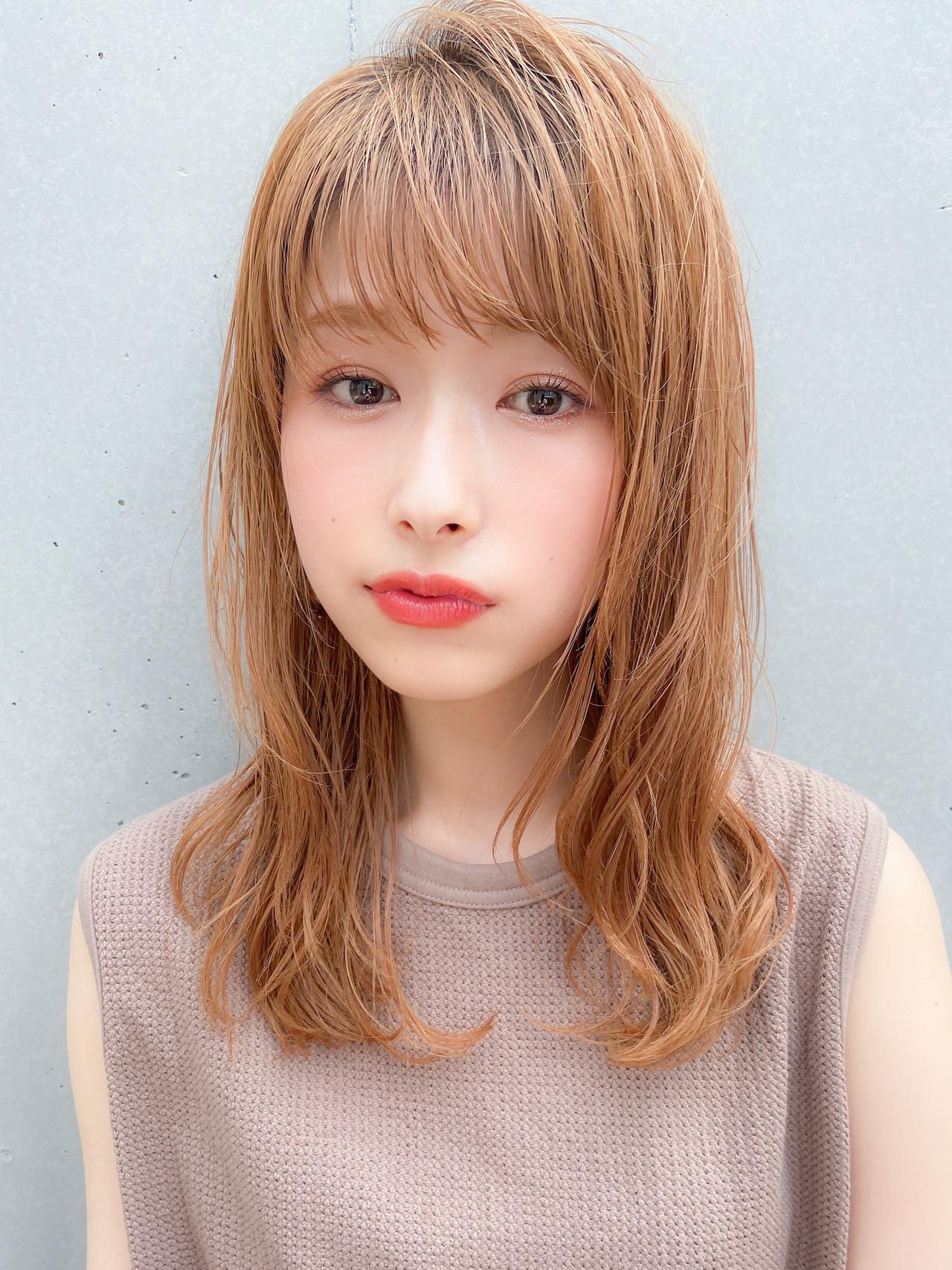 ミディアムレイヤー フェミニン モテ髪 デジタルパーマ ヘアスタイルや髪型の写真・画像