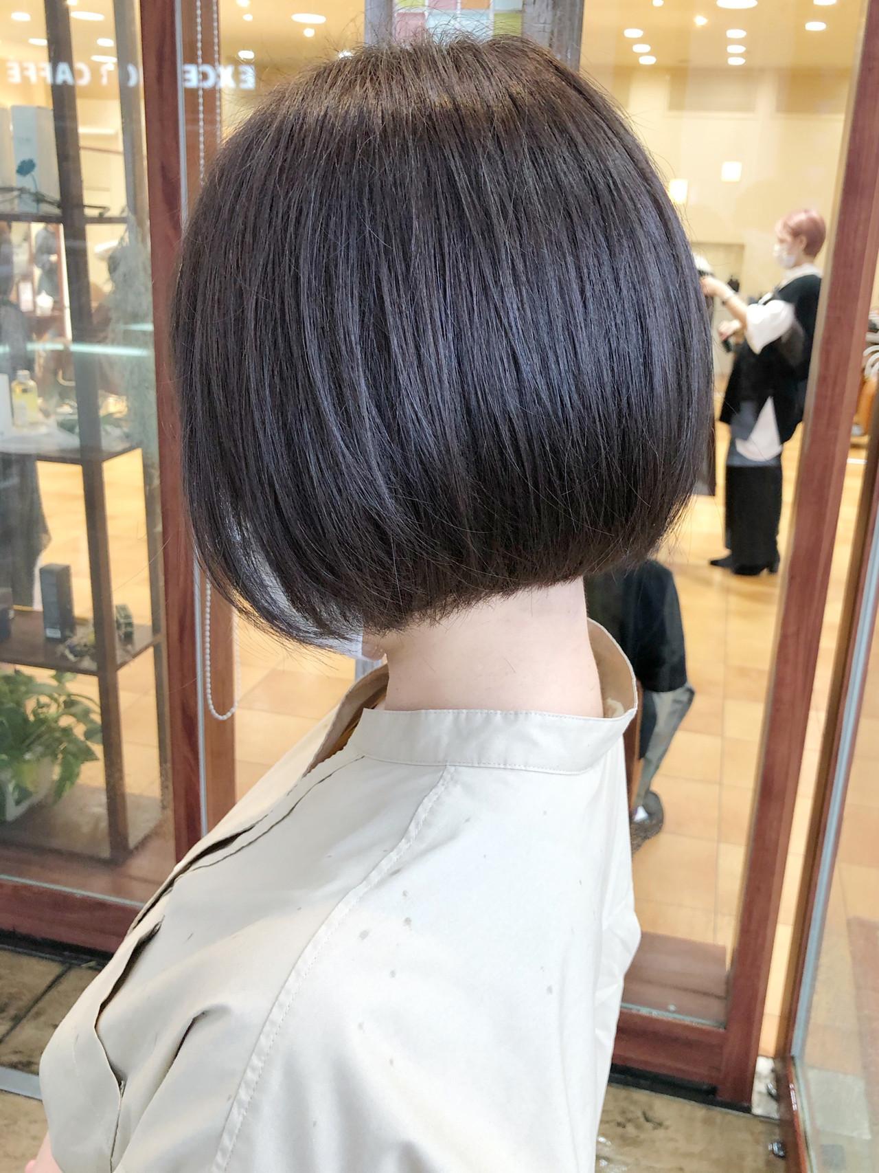 ボブ 前下がりボブ モテボブ ナチュラル ヘアスタイルや髪型の写真・画像