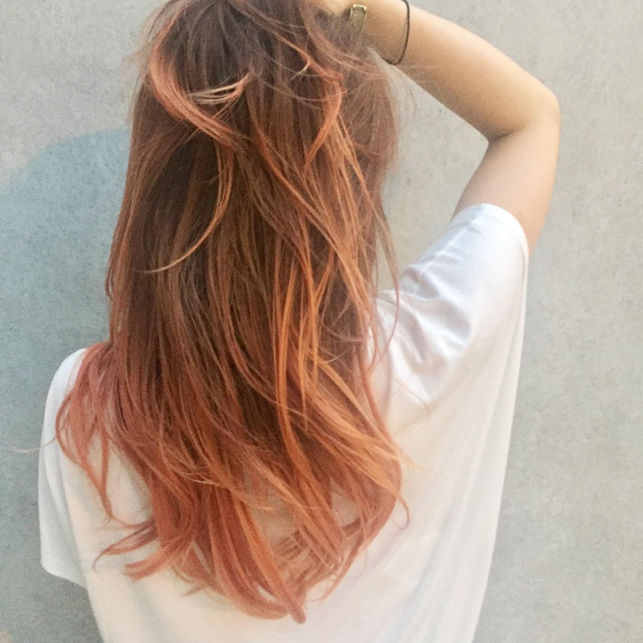 セミロング オレンジ オレンジベージュ グラデーションカラー ヘアスタイルや髪型の写真・画像