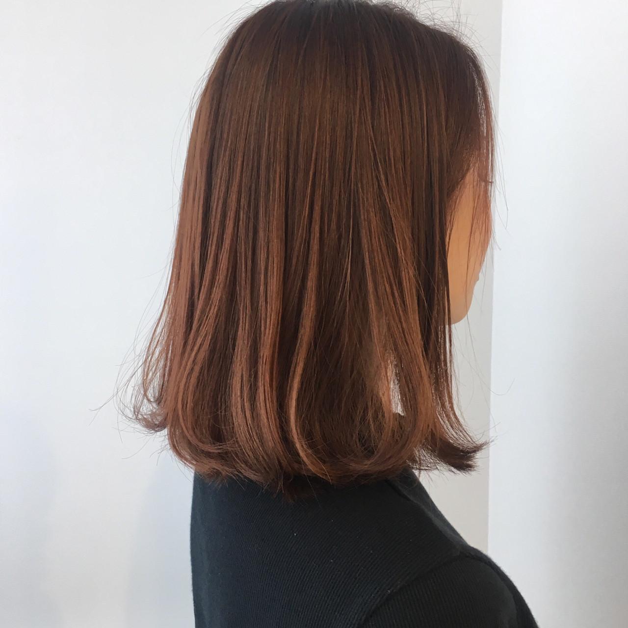 ミディアム アプリコットオレンジ オレンジベージュ オレンジブラウン ヘアスタイルや髪型の写真・画像