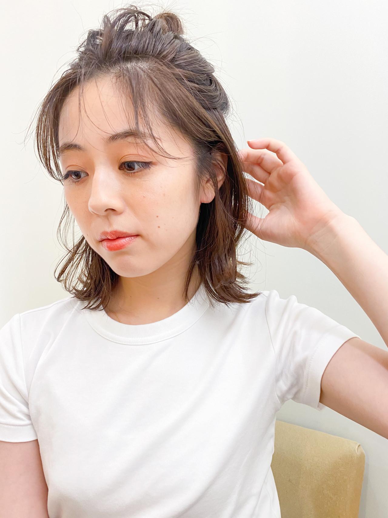 ミディアム お団子アレンジ ハーフアップ ヘアアレンジ ヘアスタイルや髪型の写真・画像