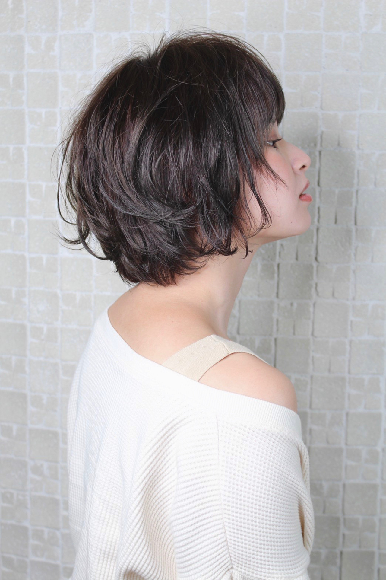 外国人風カラー ボブ アッシュ グレージュ ヘアスタイルや髪型の写真・画像