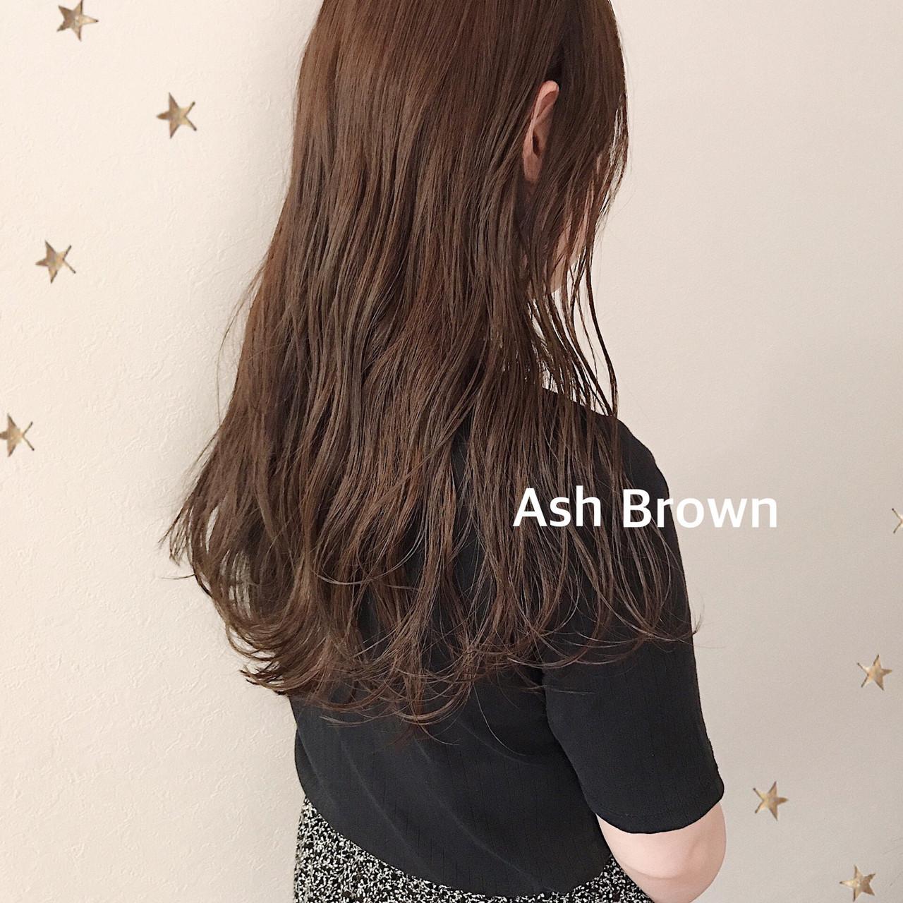 大人女子 ナチュラル ロング アッシュブラウン ヘアスタイルや髪型の写真・画像