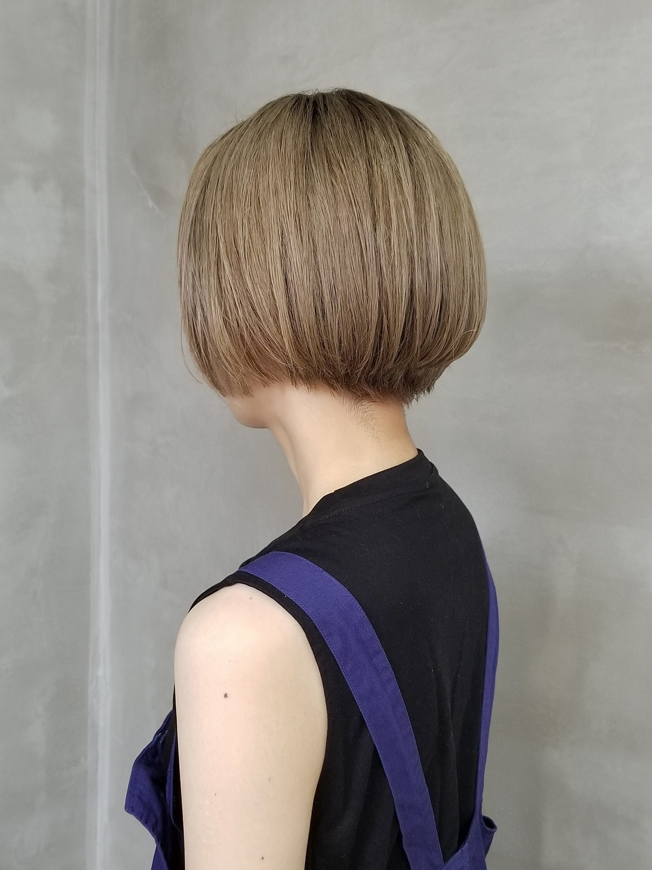 イルミナカラー ショートボブ ベリーショート ミニボブ ヘアスタイルや髪型の写真・画像