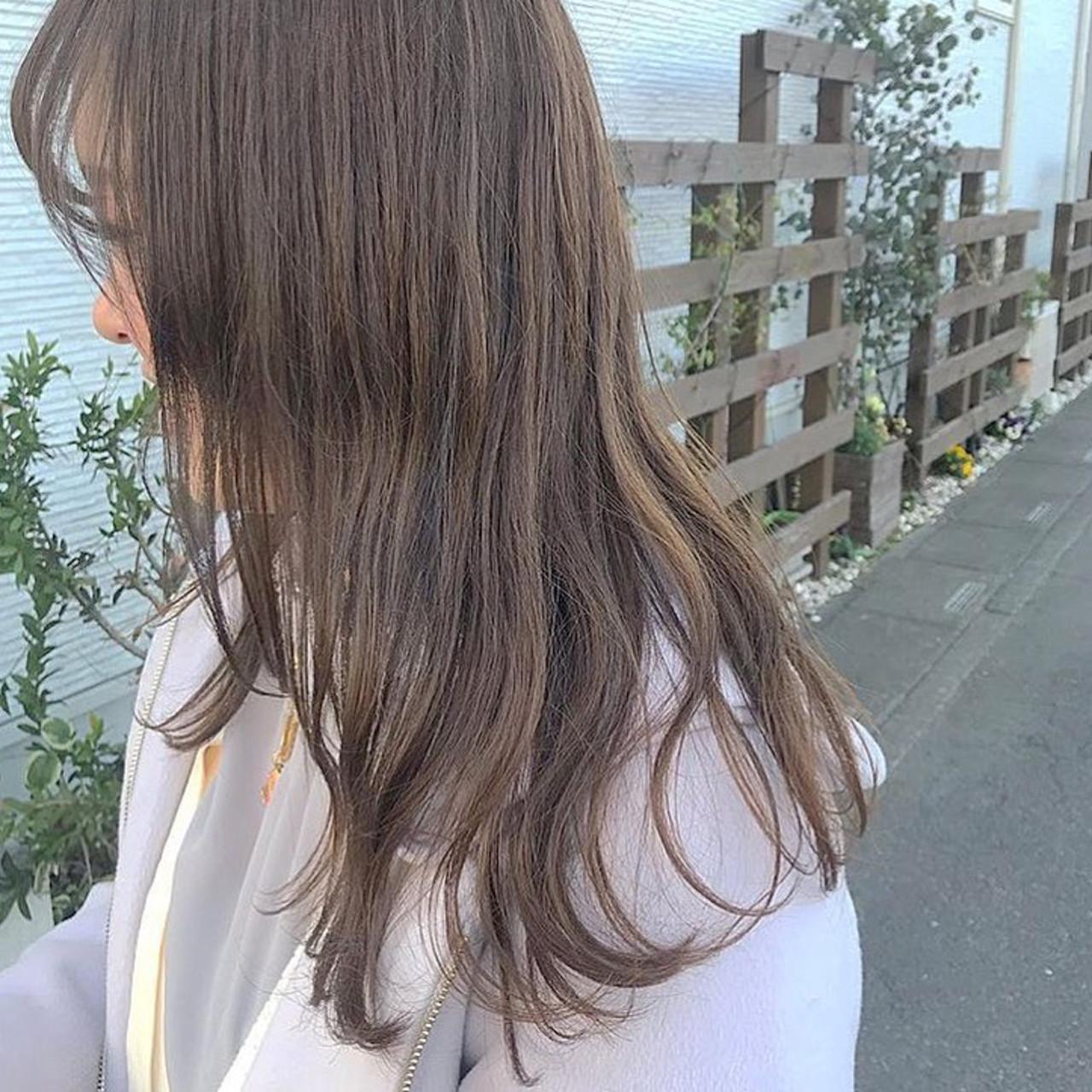 360度どこからみても綺麗なロングヘア ベージュカラー ナチュラル ロング ヘアスタイルや髪型の写真・画像