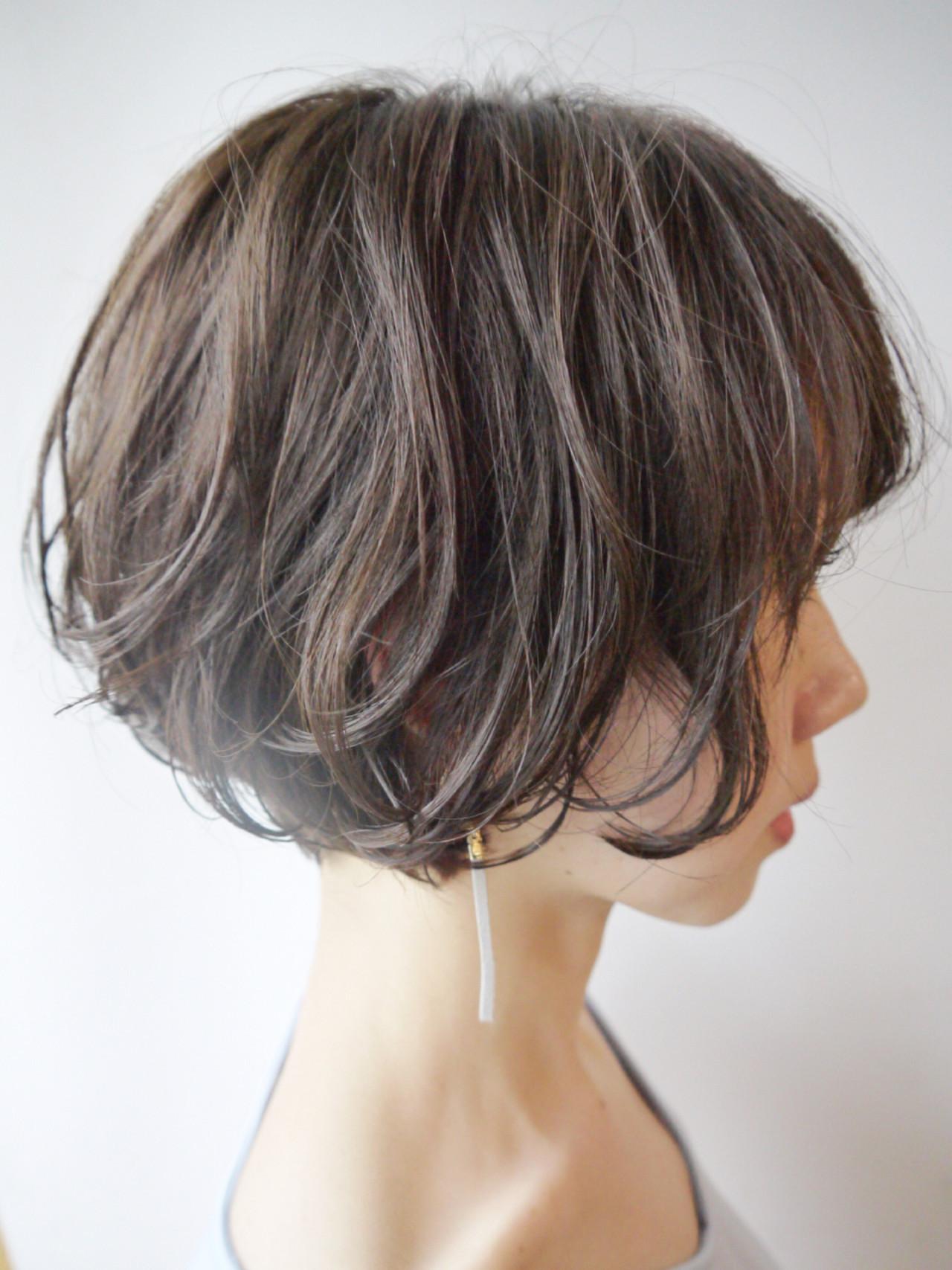 ウェーブ ショート ナチュラル ショート ヘアスタイルや髪型の写真・画像