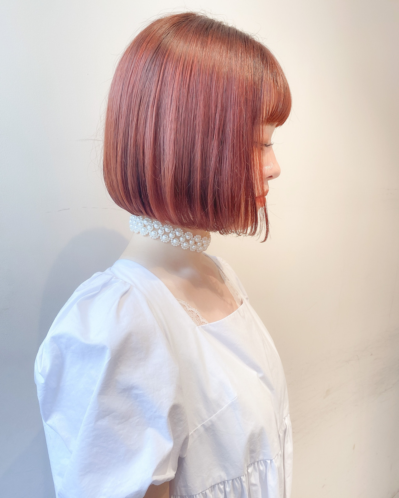 オレンジベージュ 切りっぱなしボブ オレンジカラー ボブ ヘアスタイルや髪型の写真・画像