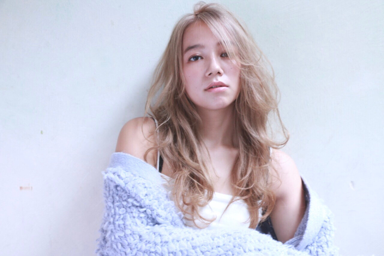 グレージュ 透明感 ボーイッシュ ベージュ ヘアスタイルや髪型の写真・画像