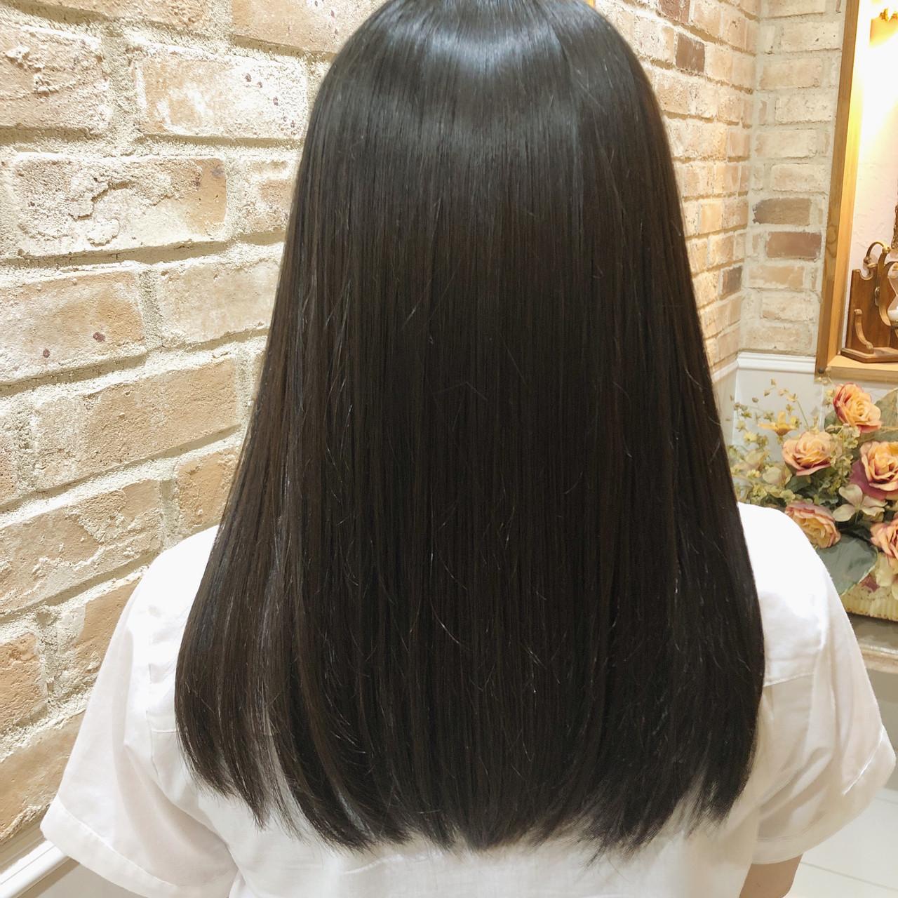 艶髪 ナチュラル 360度どこからみても綺麗なロングヘア 髪質改善トリートメント ヘアスタイルや髪型の写真・画像