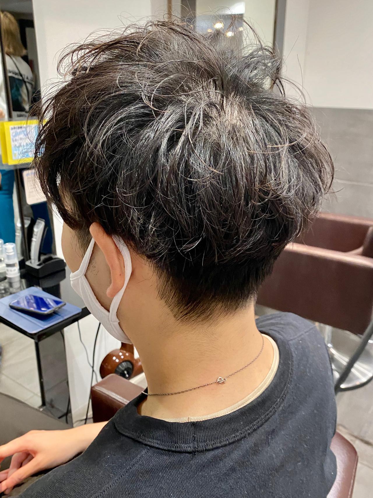 メンズマッシュ メンズ ショート メンズパーマ ヘアスタイルや髪型の写真・画像