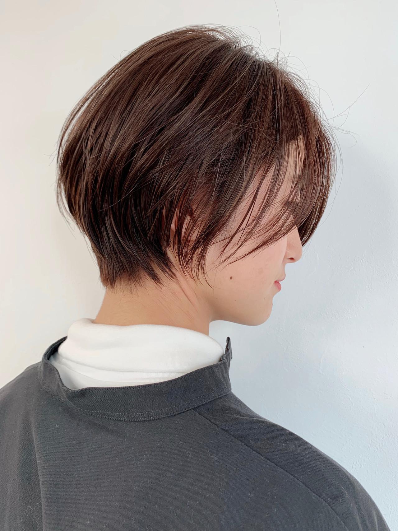 ショート 寒色 3Dカラー ウザバング ヘアスタイルや髪型の写真・画像