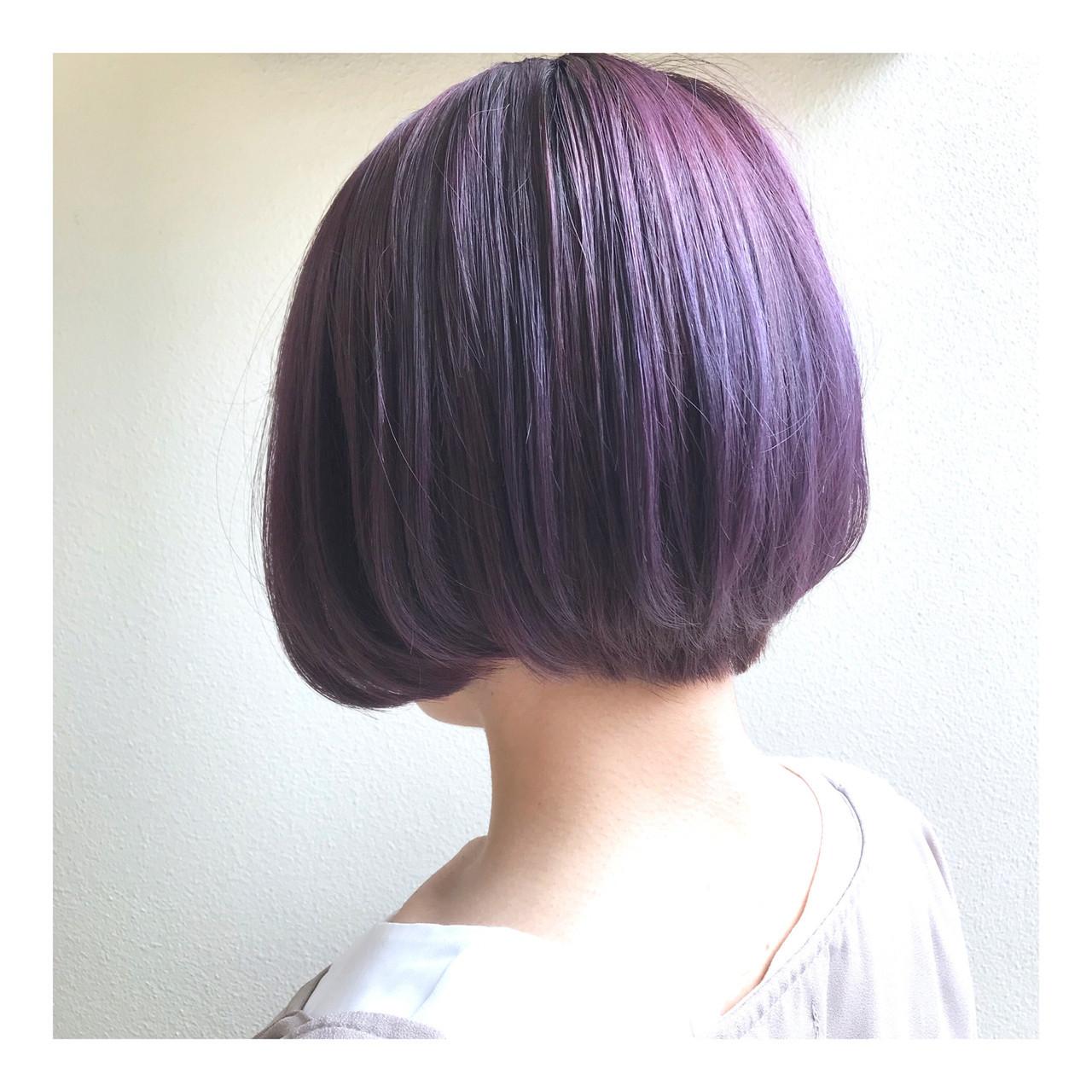 個性的 ショート ブルーバイオレット バイオレットアッシュ ヘアスタイルや髪型の写真・画像