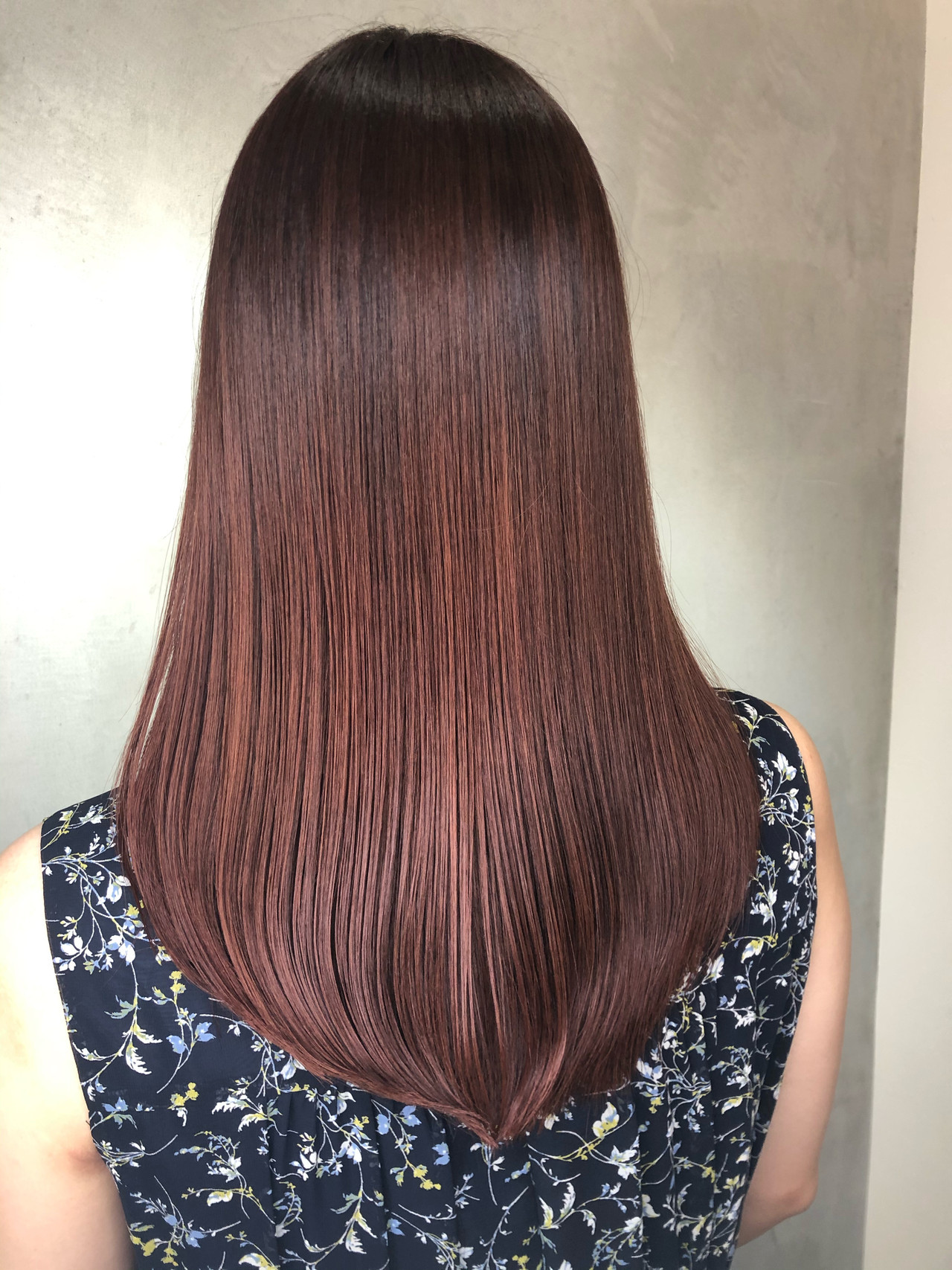 ラベンダーピンク ピンクベージュ ピンクアッシュ ロング ヘアスタイルや髪型の写真・画像