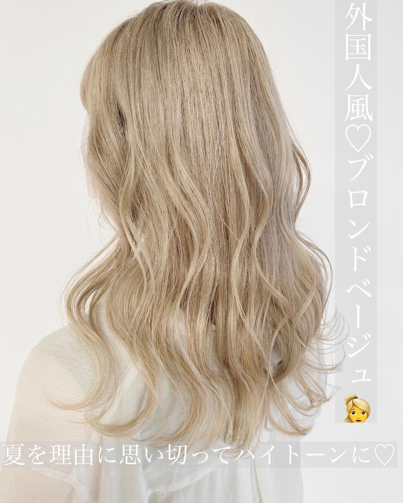 ナチュラル ホワイトカラー ブロンドカラー ブリーチカラー ヘアスタイルや髪型の写真・画像