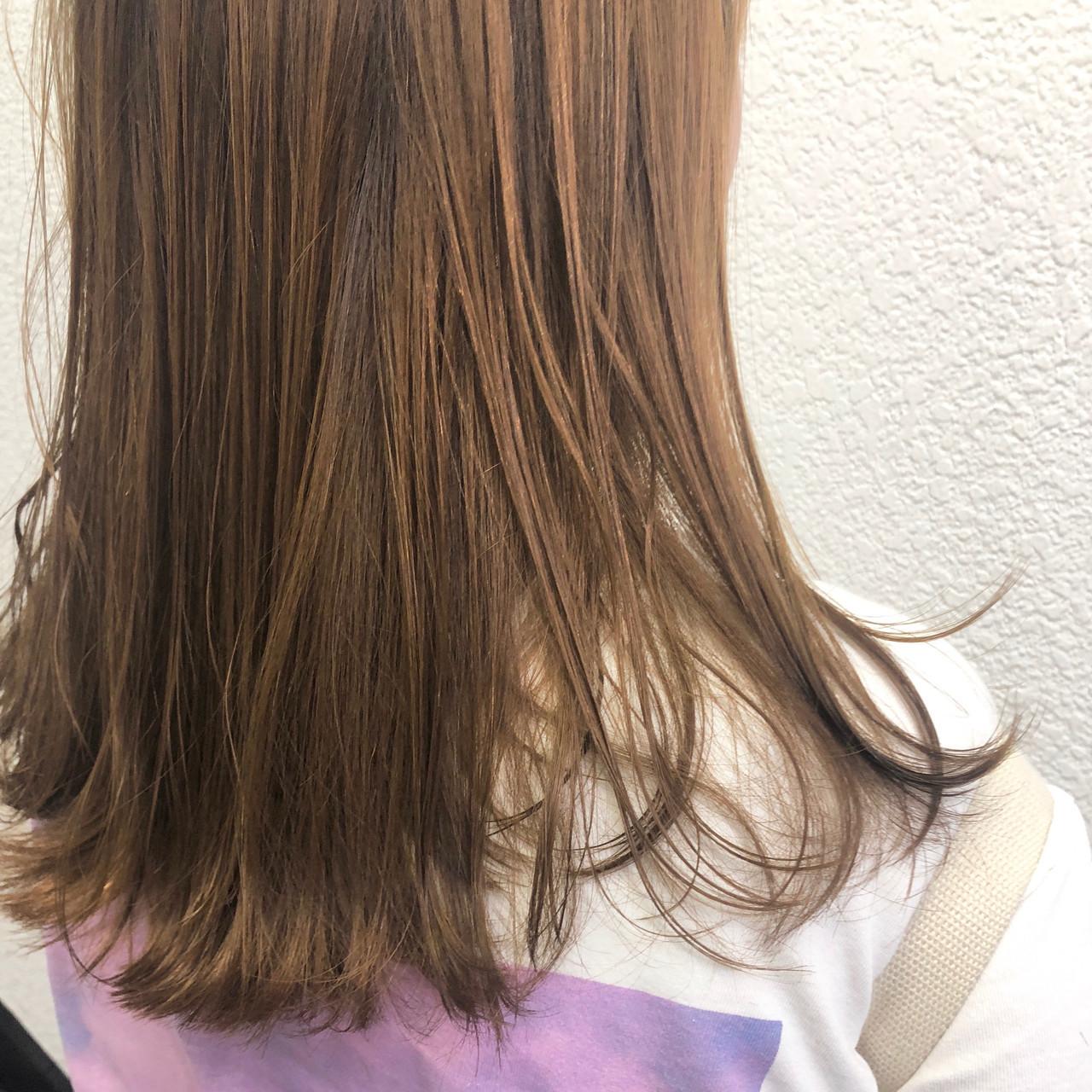 オレンジベージュ オレンジカラー ショートヘア アプリコットオレンジ ヘアスタイルや髪型の写真・画像