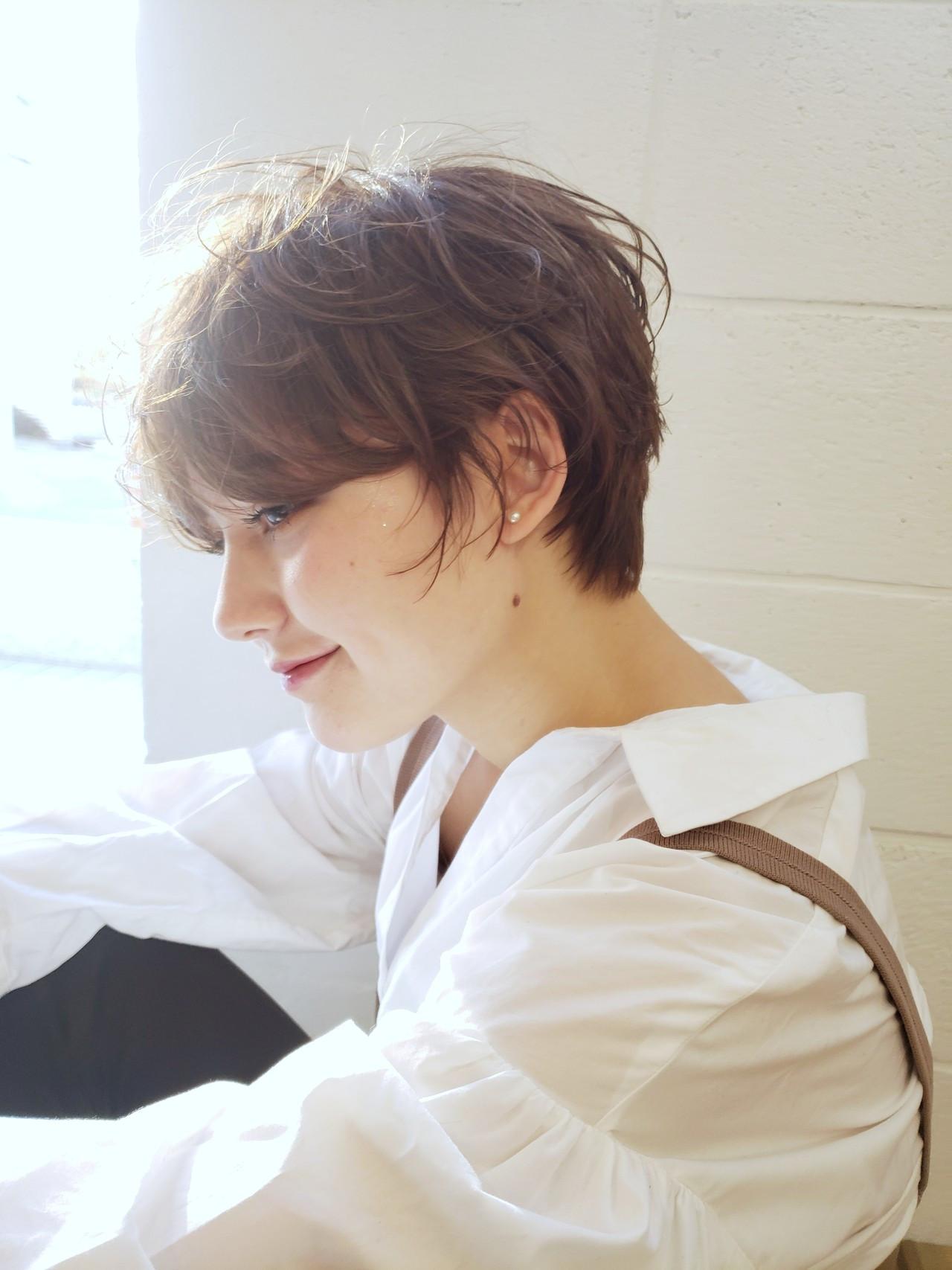 ショートヘア ハンサムショート ニュアンスパーマ マッシュショート ヘアスタイルや髪型の写真・画像