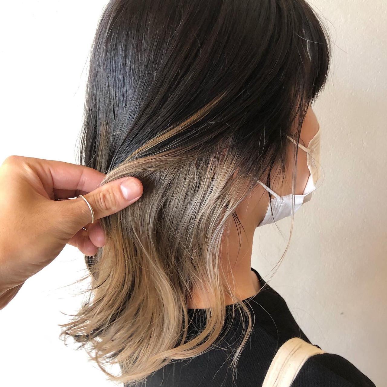ナチュラルベージュ ヌーディベージュ インナーカラー ミルクティーベージュ ヘアスタイルや髪型の写真・画像