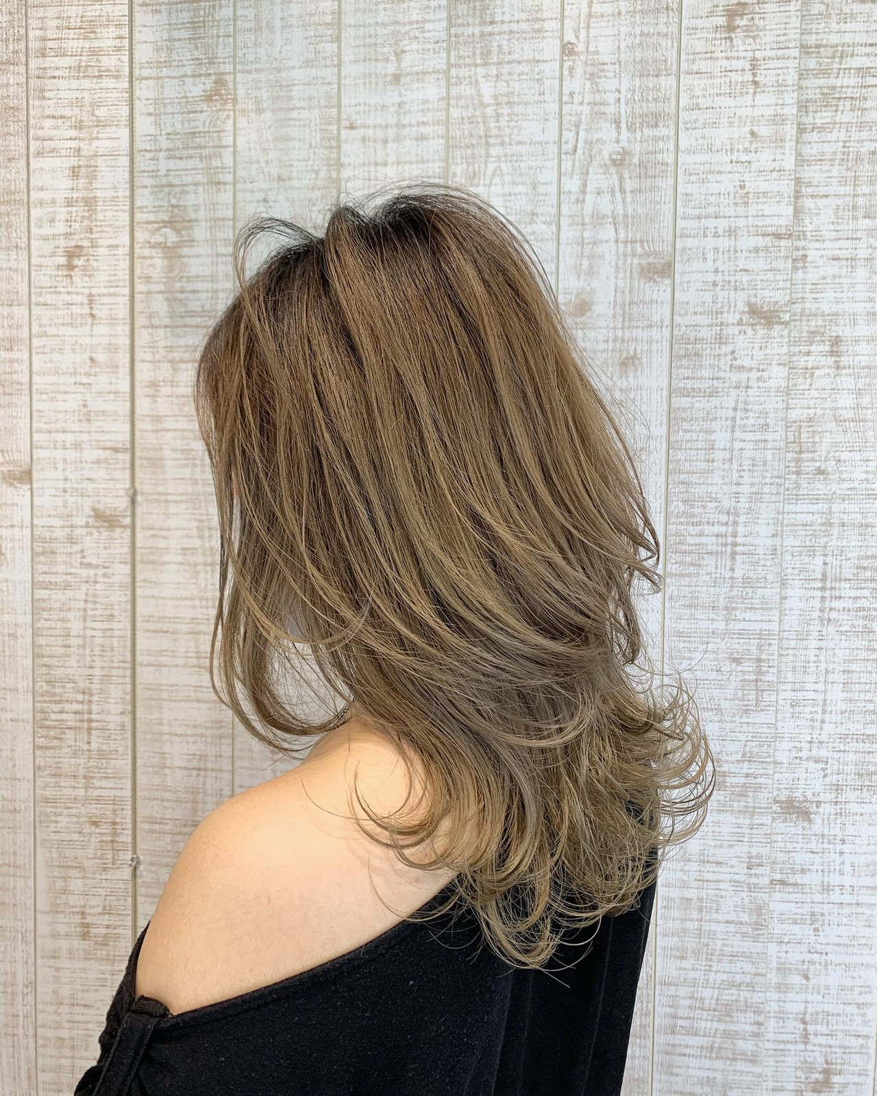 ミディアム 大人可愛い ナチュラル ウルフ女子 ヘアスタイルや髪型の写真・画像