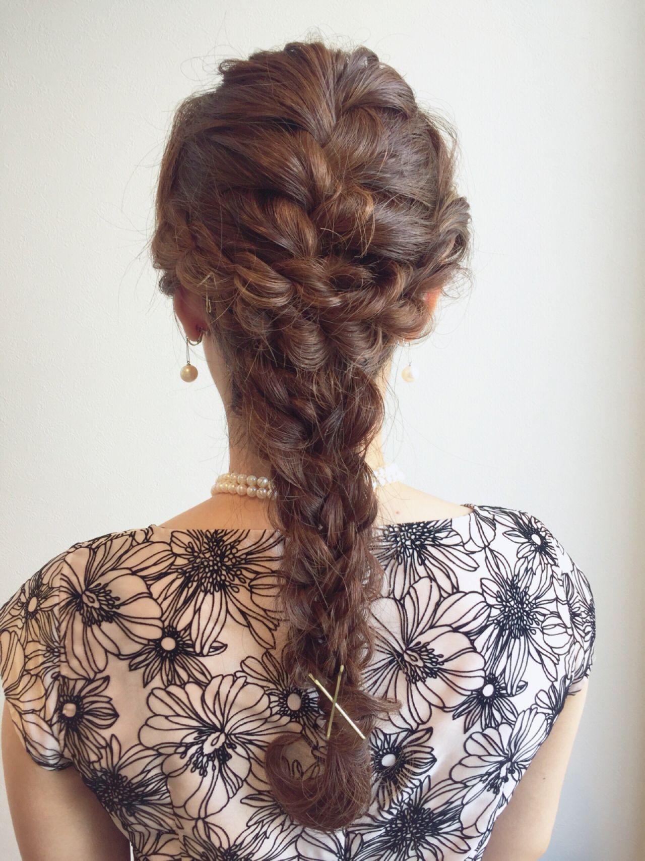 フェミニン 編み込み ディズニー 四つ編み ヘアスタイルや髪型の写真・画像