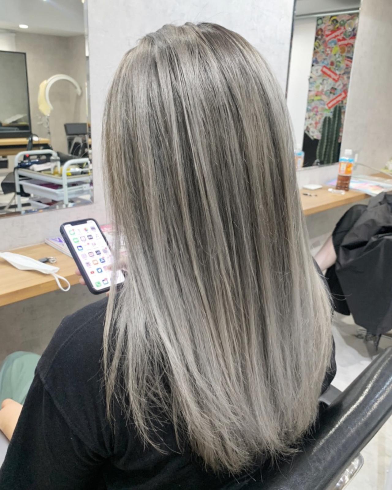ストリート ミルクティーベージュ ハイトーンカラー シアーベージュ ヘアスタイルや髪型の写真・画像