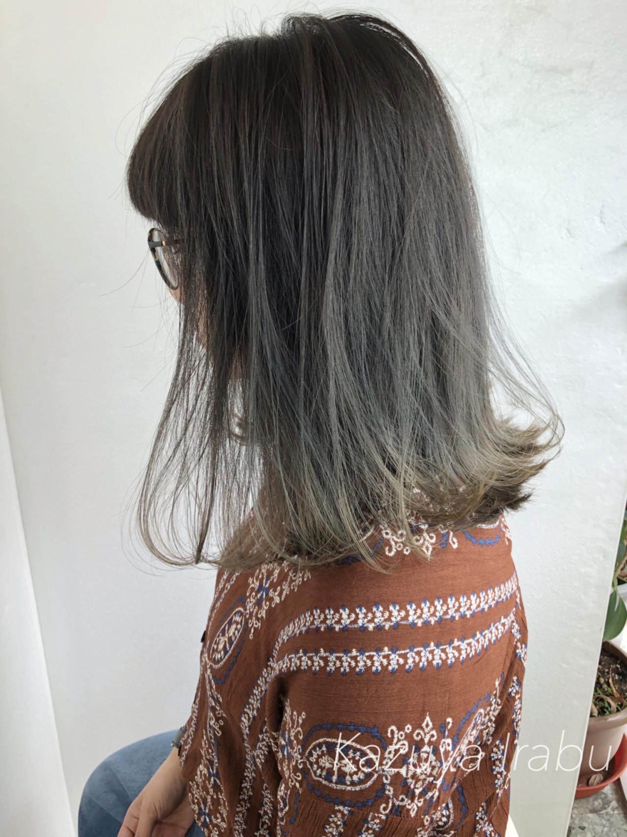 色気 切りっぱなし ショート グレージュ ヘアスタイルや髪型の写真・画像[エリア]