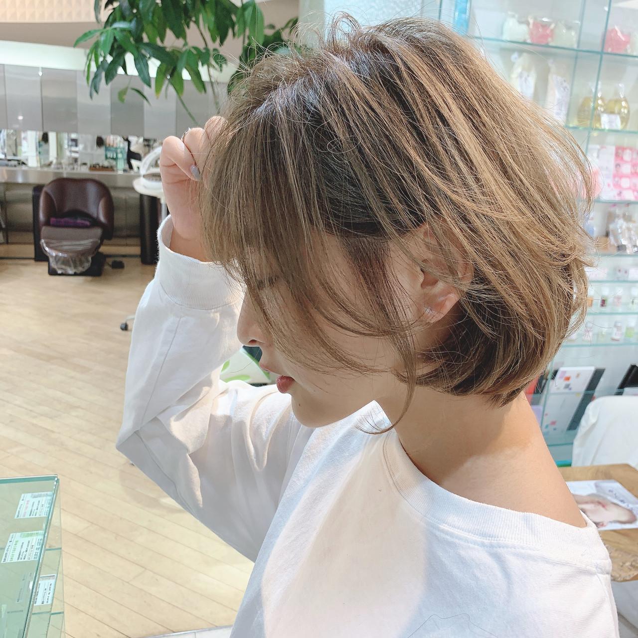 ナチュラル可愛い ゆるふわ 横顔美人 フェミニン ヘアスタイルや髪型の写真・画像
