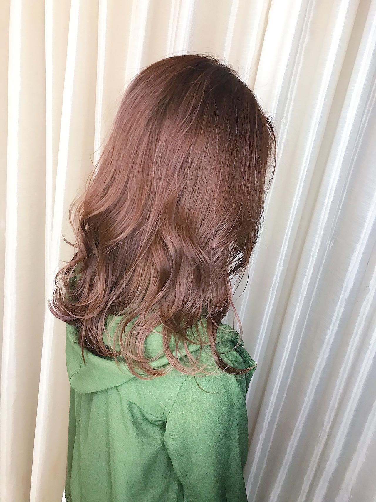 チェリー チェリーレッド セミロング チェリーピンク ヘアスタイルや髪型の写真・画像