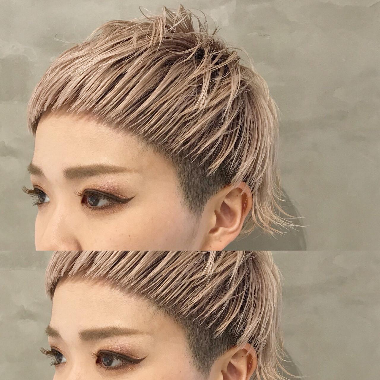 オン眉 ショート ベビーバング モード ヘアスタイルや髪型の写真・画像