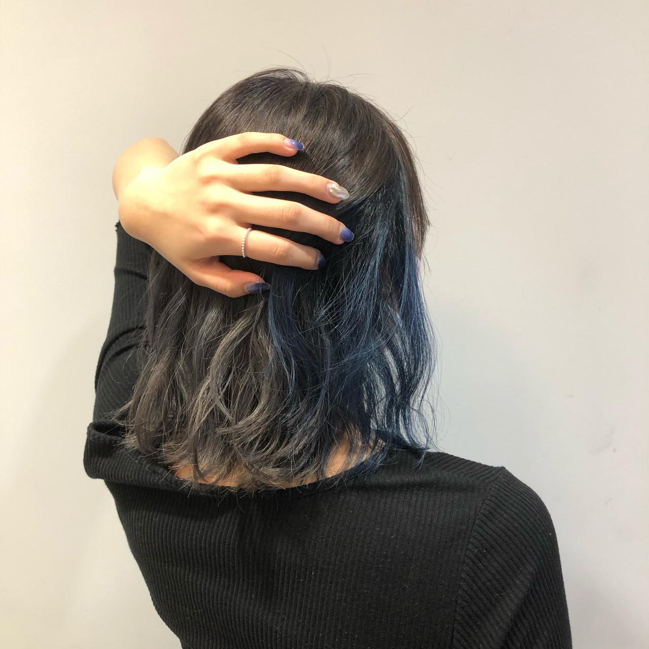 ナチュラル 夏 インナーカラー ブルー ヘアスタイルや髪型の写真・画像