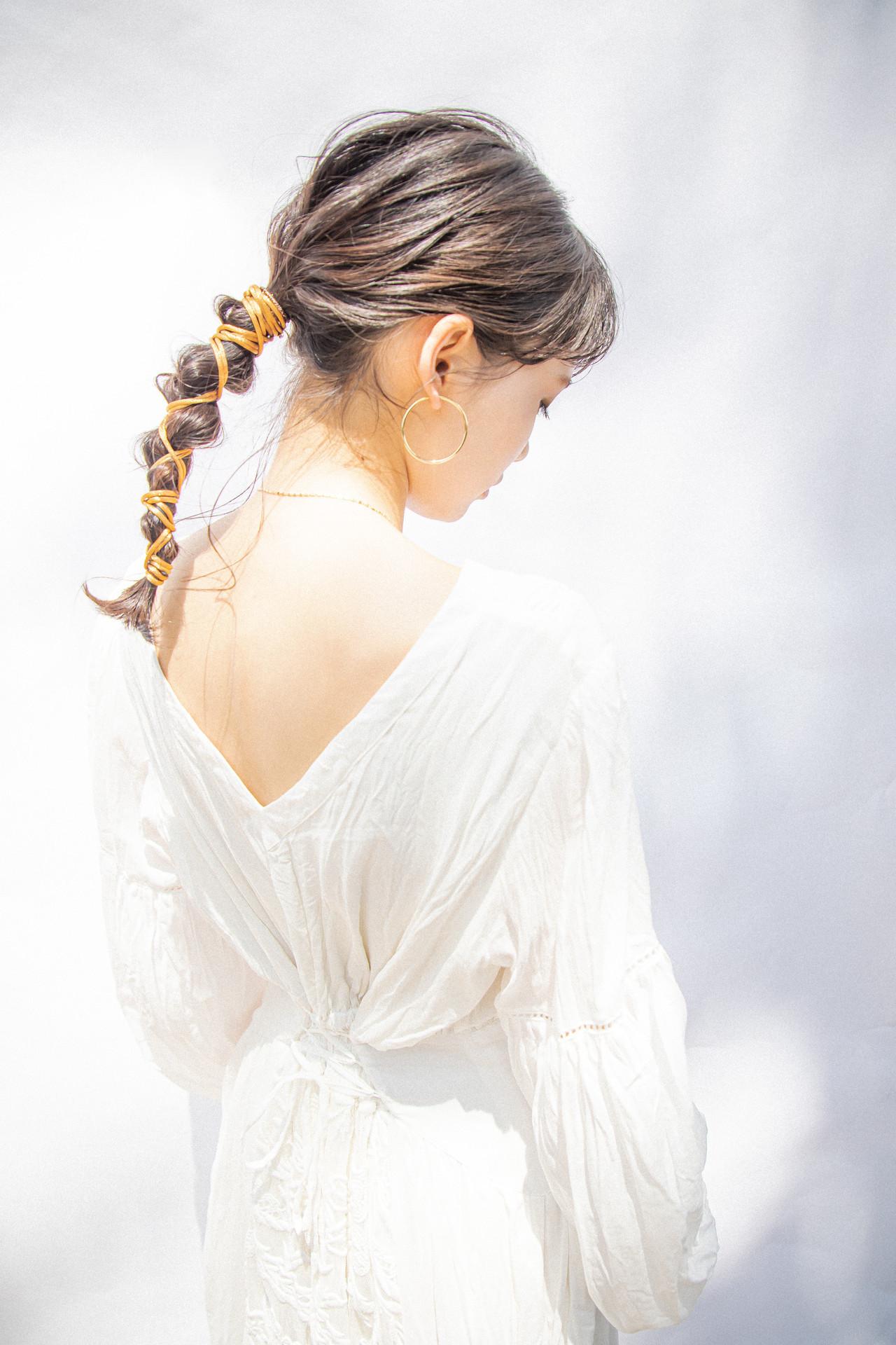 結婚式ヘアアレンジ 紐アレンジ ポニーテールアレンジ ヘアアレンジ ヘアスタイルや髪型の写真・画像