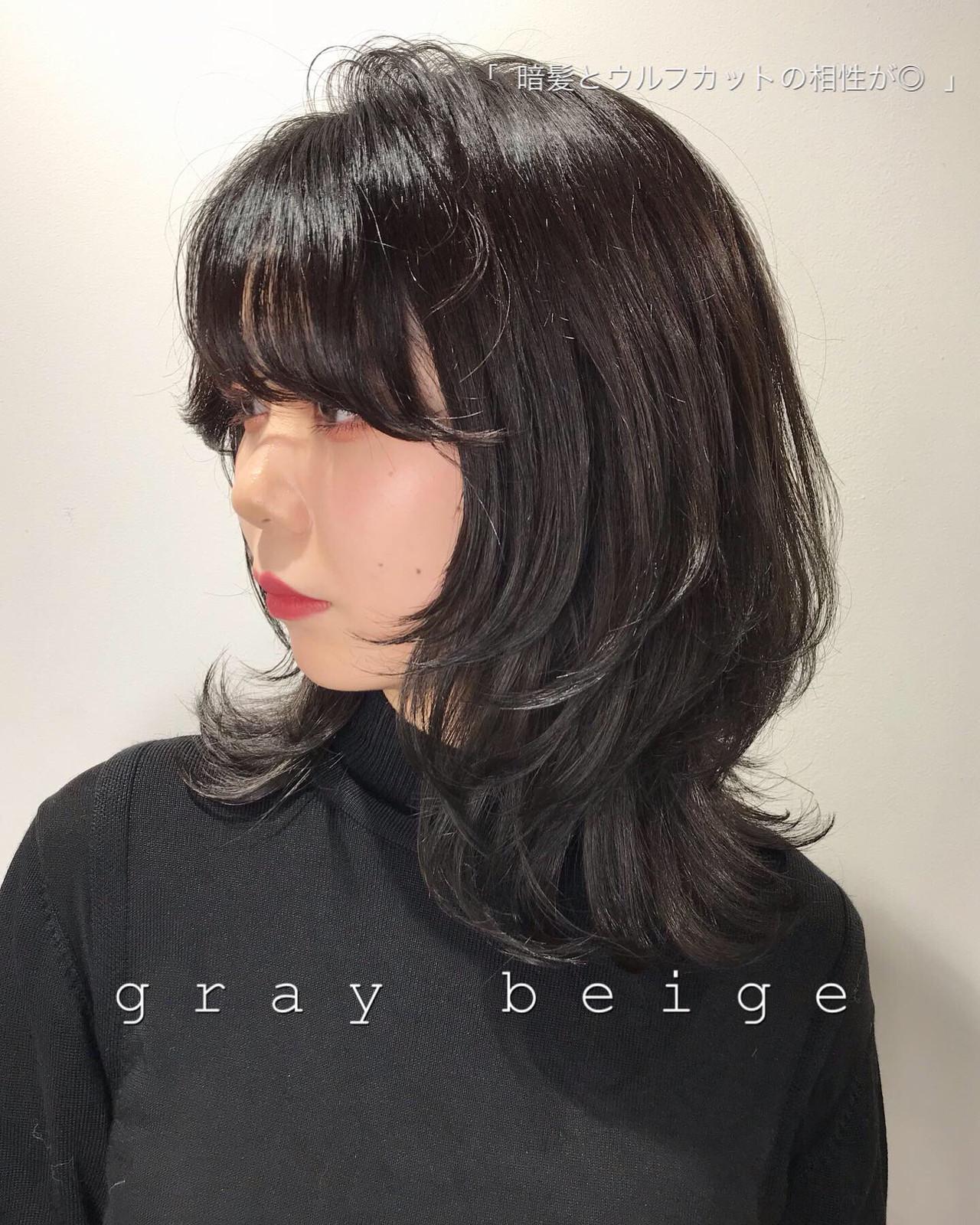 ナチュラル オフィス ミディアム レイヤーカット ヘアスタイルや髪型の写真・画像