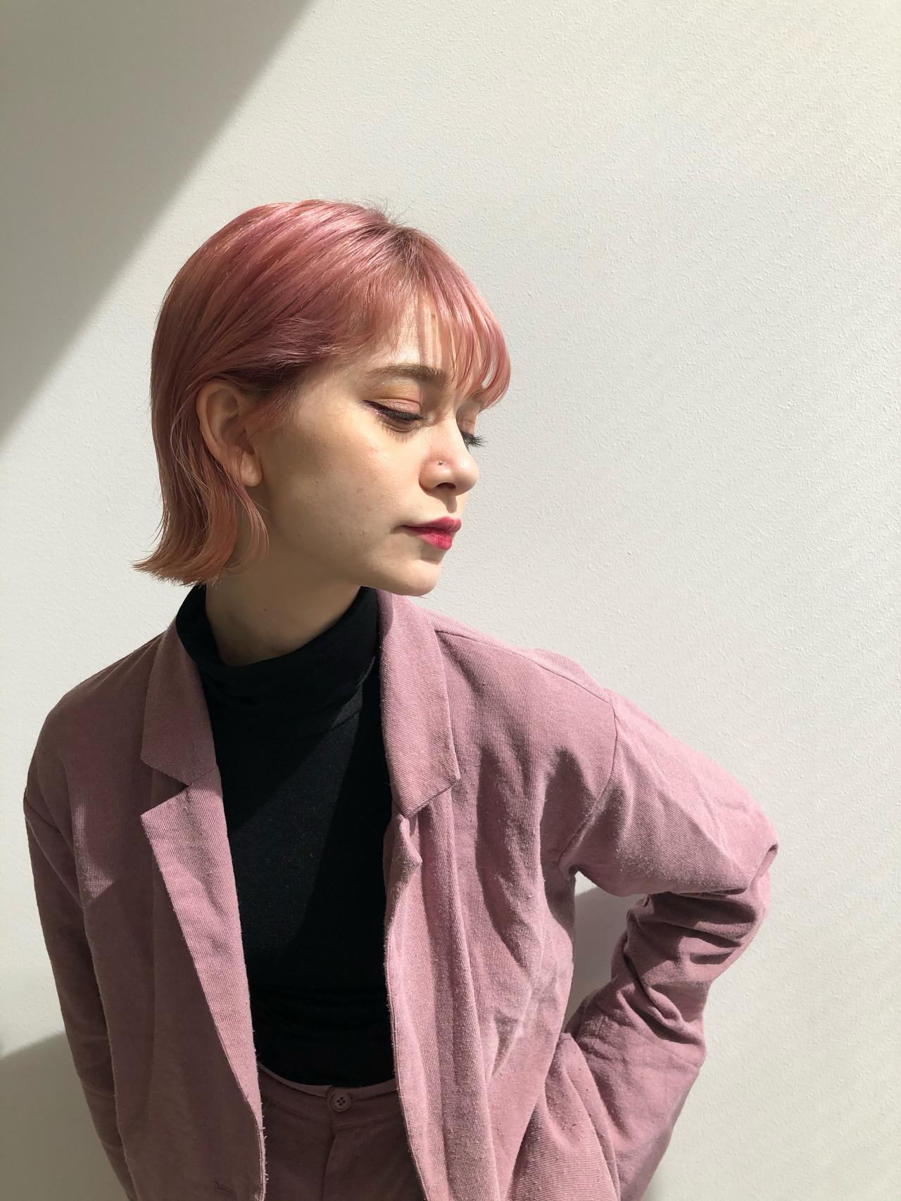 ベリーピンク ピンクパープル チェリーピンク ボブ ヘアスタイルや髪型の写真・画像