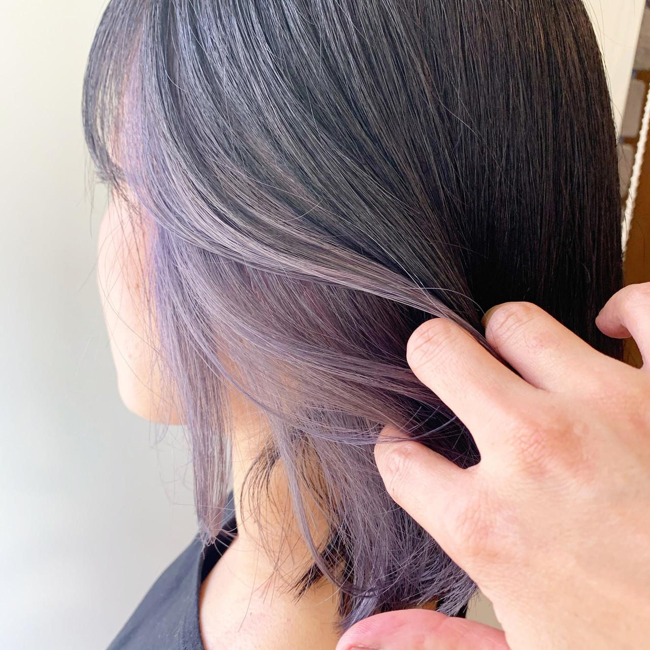 ダブルカラー ラベンダーアッシュ ストリート ミディアム ヘアスタイルや髪型の写真・画像