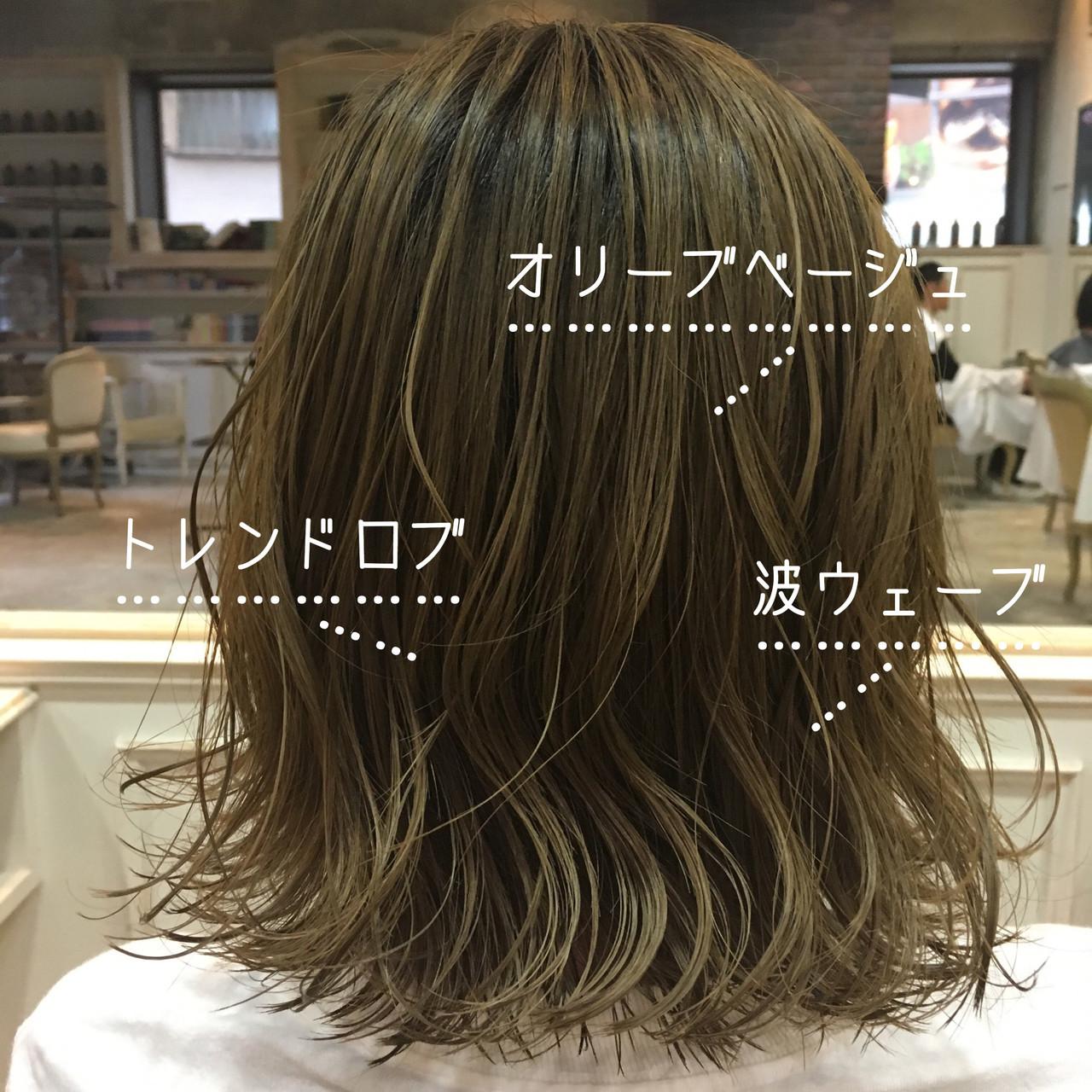 オリーブブラウン オリーブカラー オリーブベージュ ナチュラル ヘアスタイルや髪型の写真・画像