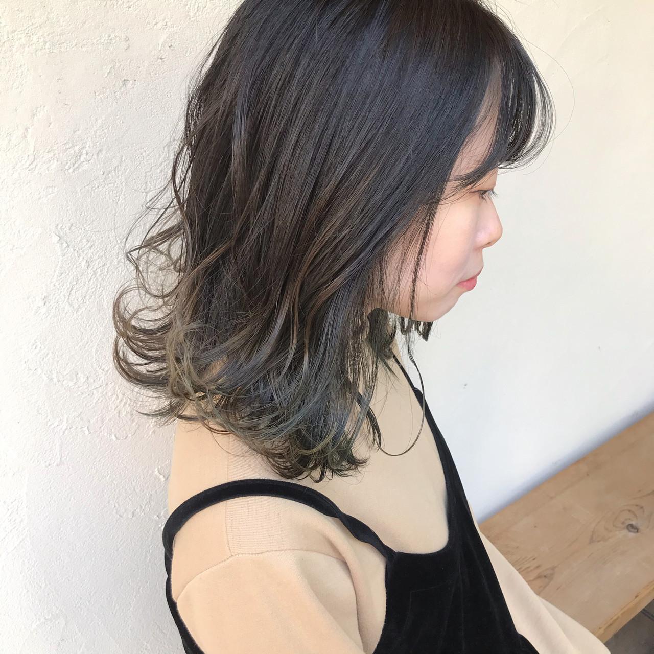 オリーブブラウン オリーブグレージュ オリーブカラー オリーブアッシュ ヘアスタイルや髪型の写真・画像