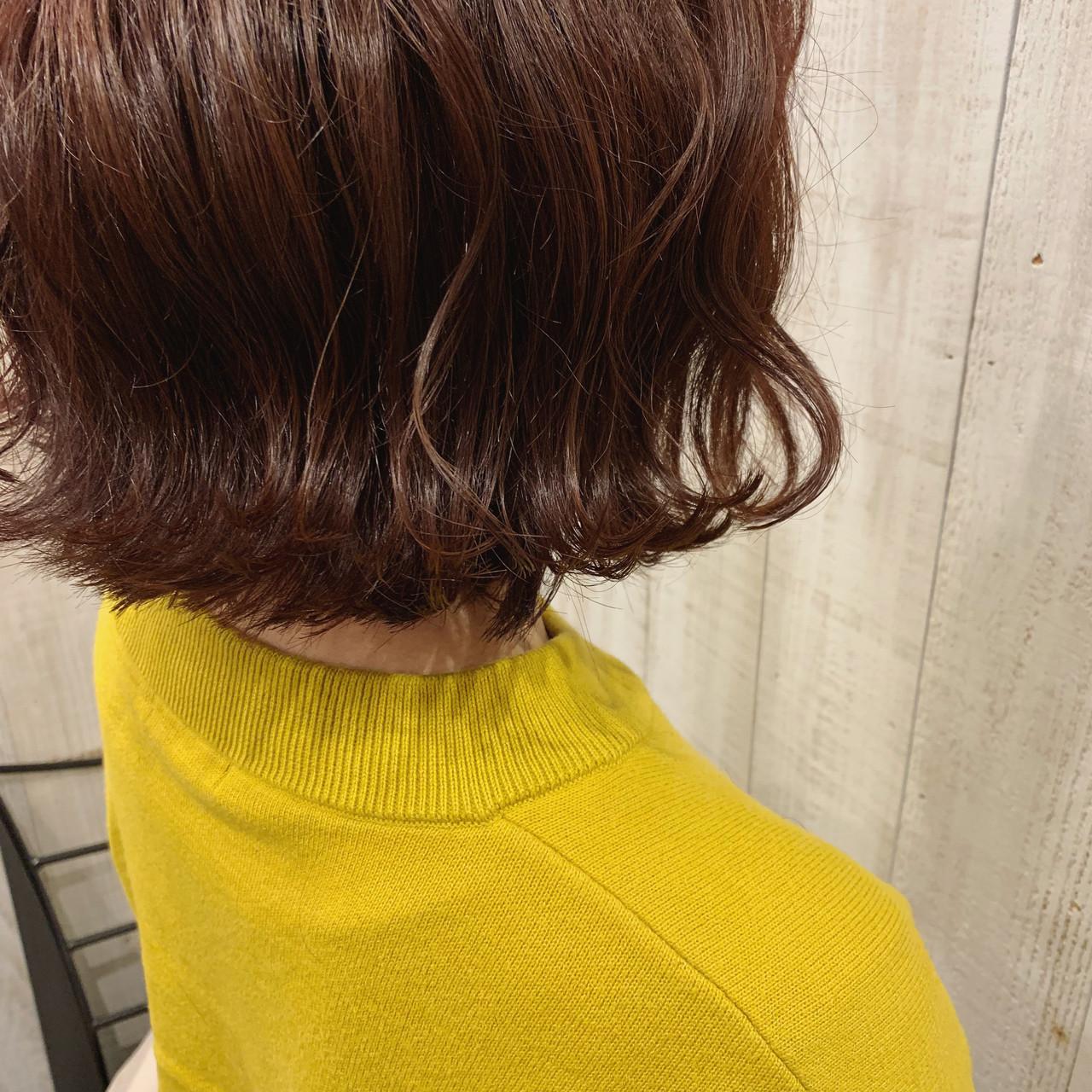 ガーリー 外ハネボブ 切りっぱなしボブ ボブ ヘアスタイルや髪型の写真・画像